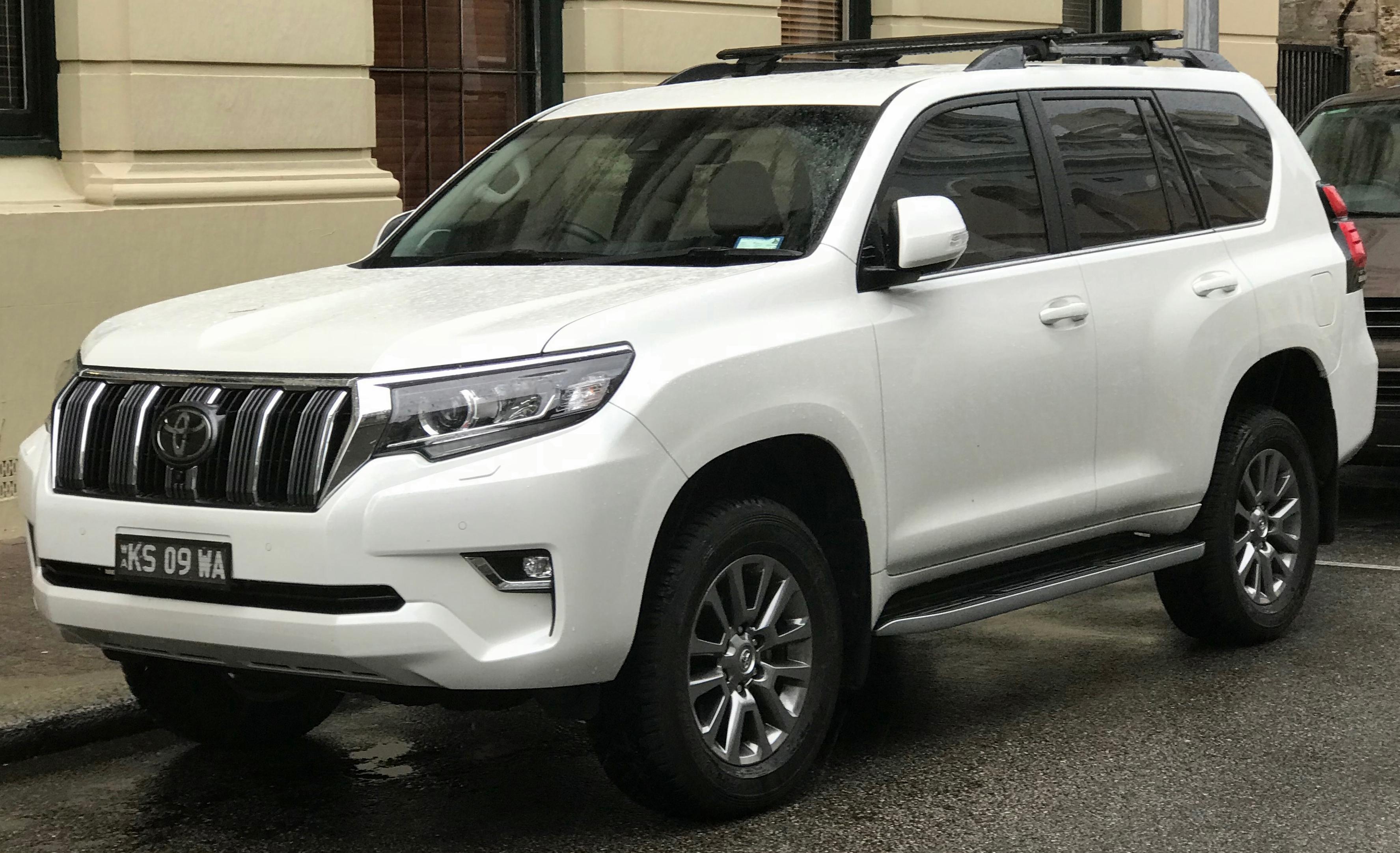 File:2018 Toyota Land Cruiser Prado (GDJ150R) VX 4WD wagon (2018-