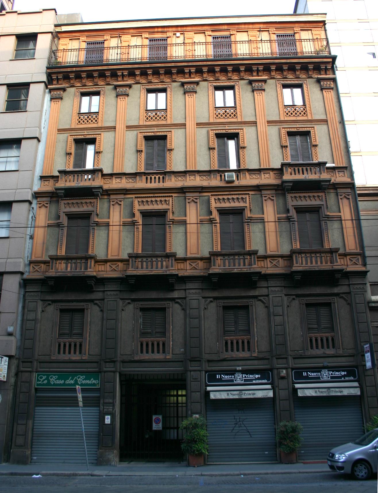 File 9529 milano edificio eclettico in via turati 38 for Valentino via turati milano