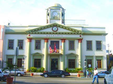 Aguadilla (gemeente) -...U.s. Census Bureau