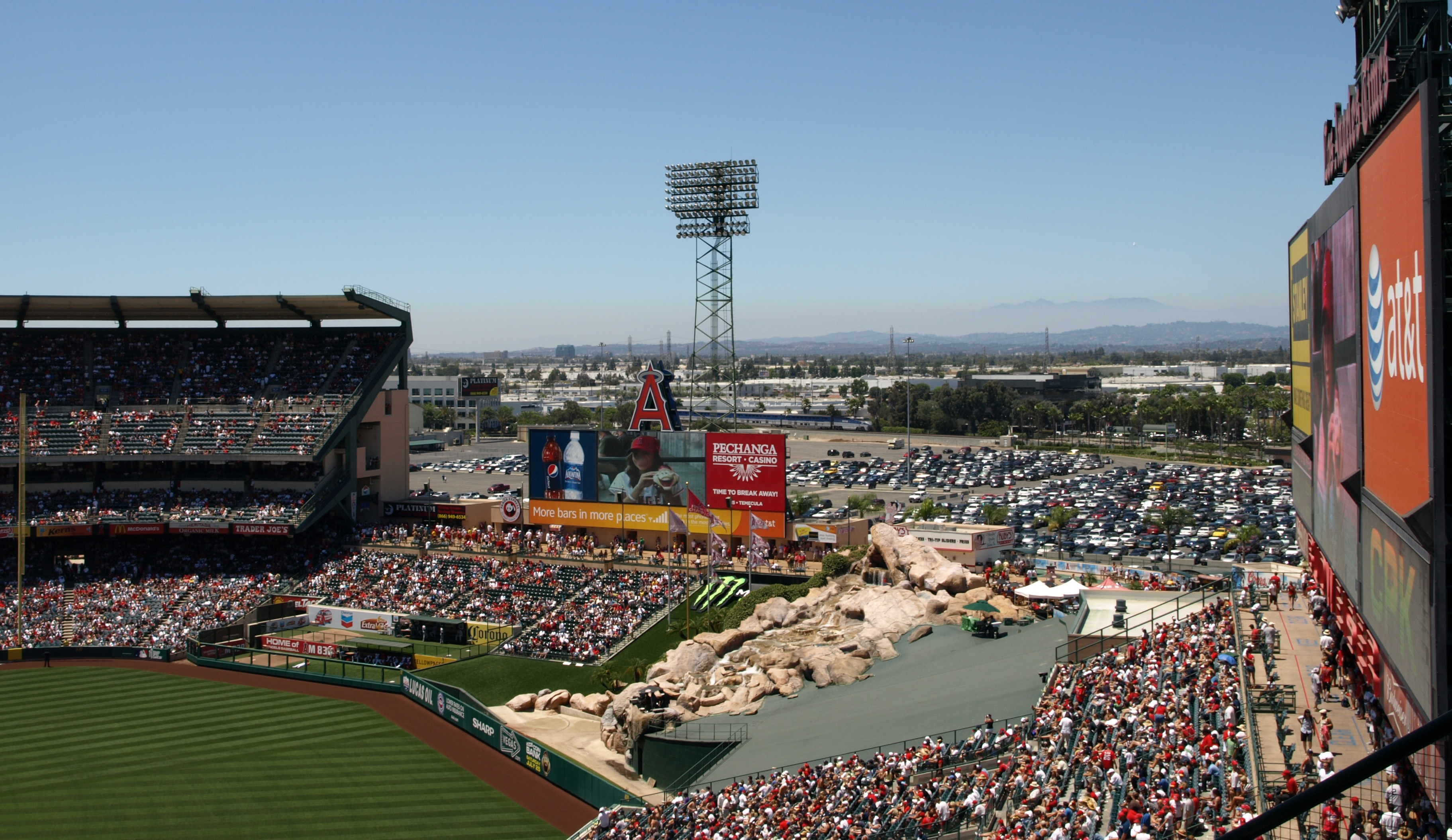 File:Anaheim Stadium July 12, 2009