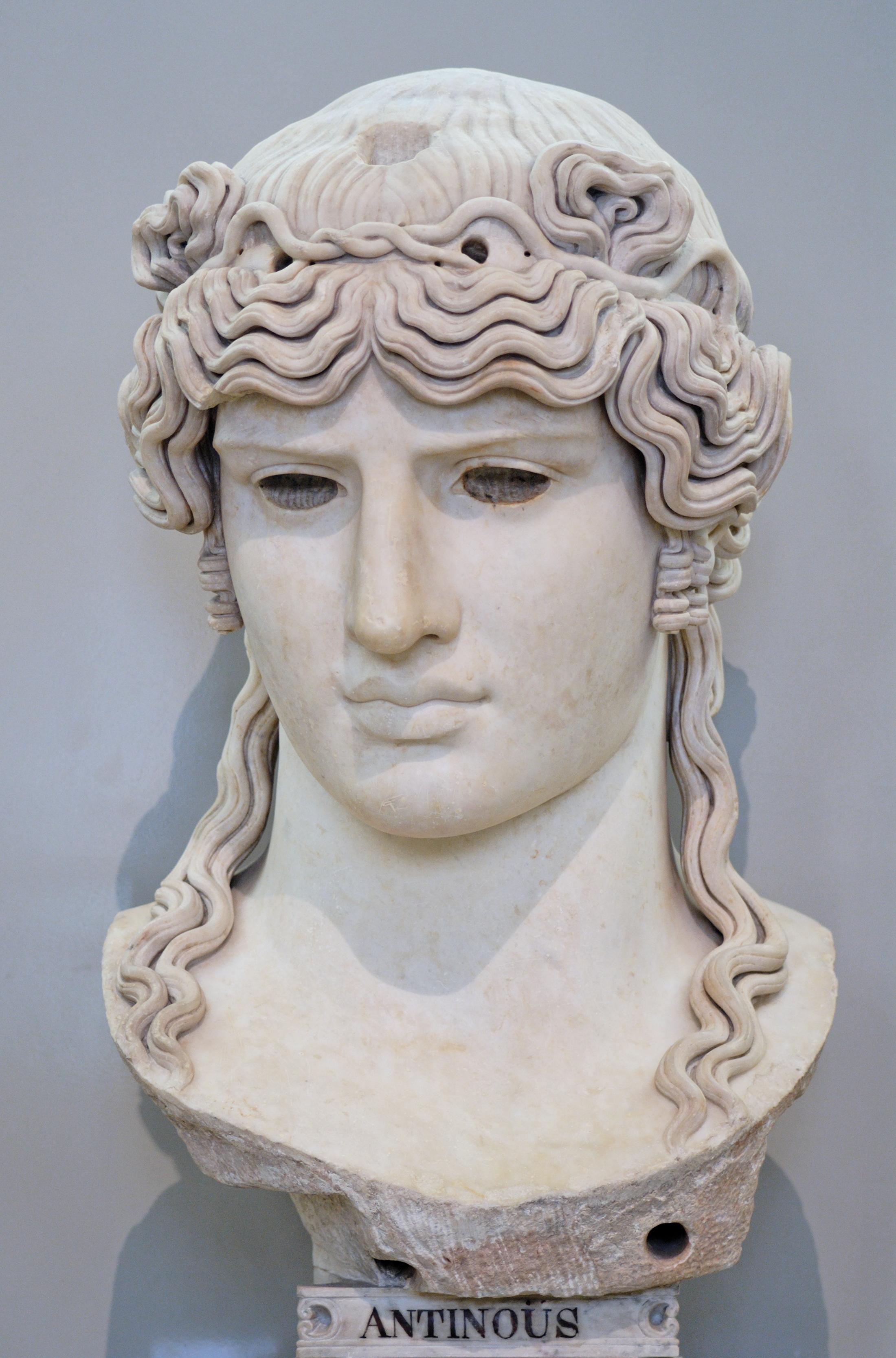 File:Antinous Mondragone Louvre Ma1205.jpg - Wikimedia Commons