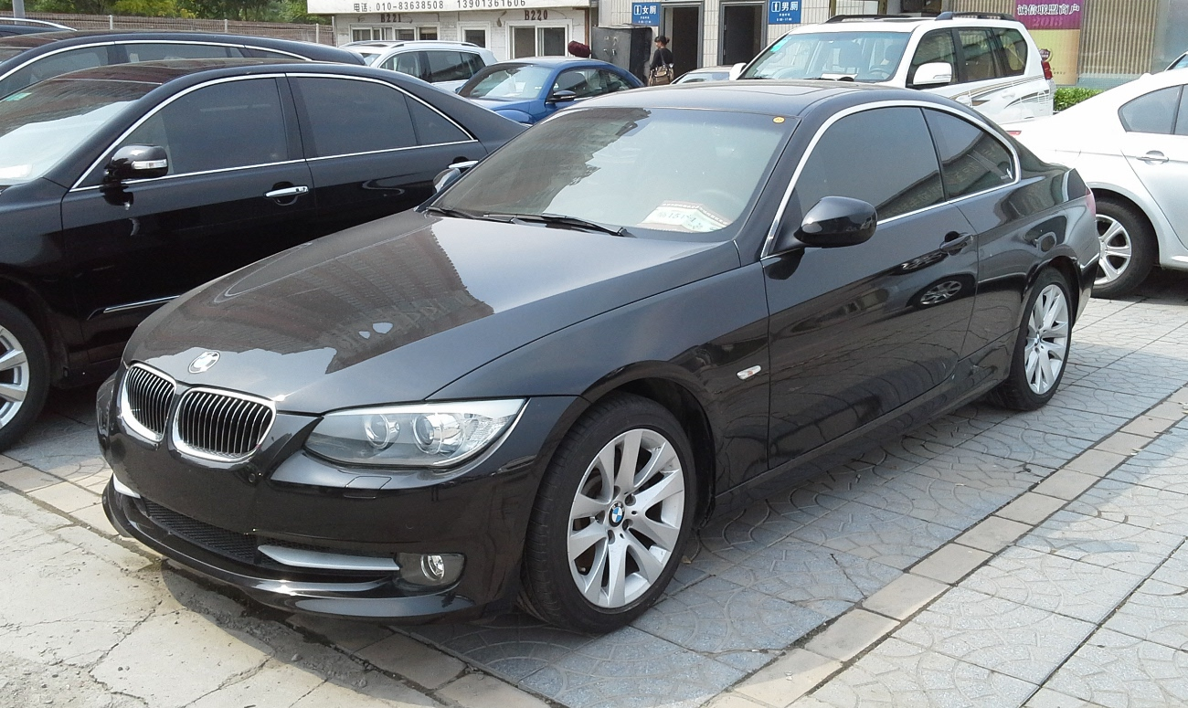 file bmw 3 series e92 facelift china 2014 04 wikimedia commons. Black Bedroom Furniture Sets. Home Design Ideas