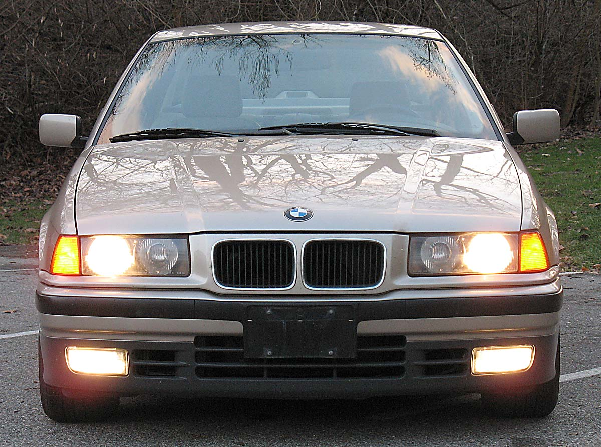 File Bmw E36 325i 1993 Front Jpg Wikimedia Commons
