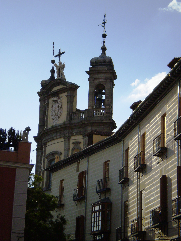 Bas%C3%ADlica_de_San_Miguel_y_Palacio_Ar