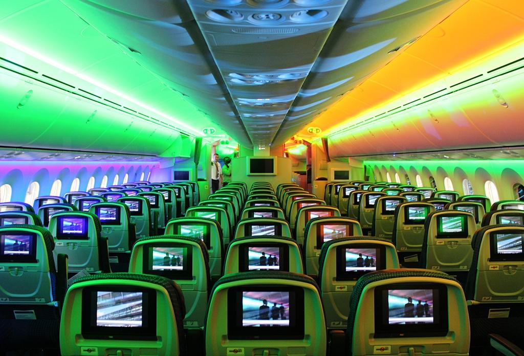 File boeing 787 8 dreamliner aeromexico for Interior 787 aeromexico