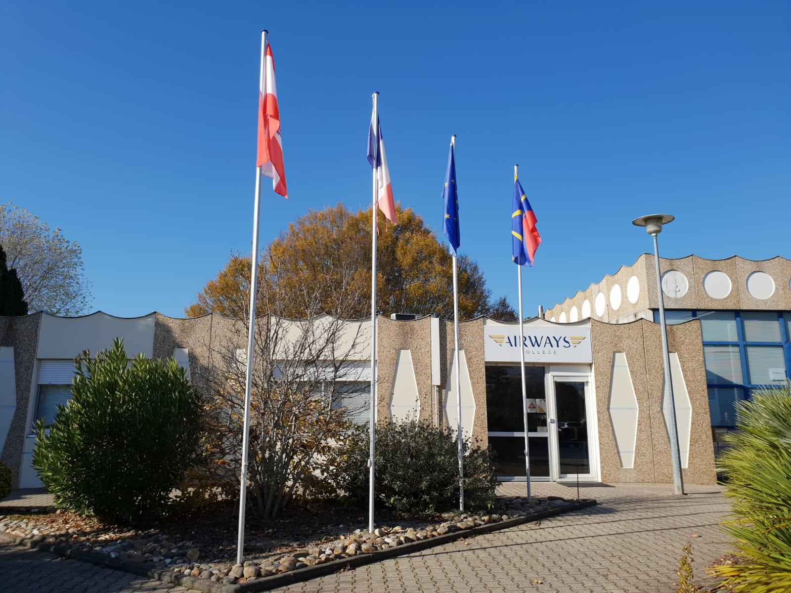 File:Campus d'Airways College à Agen .jpg