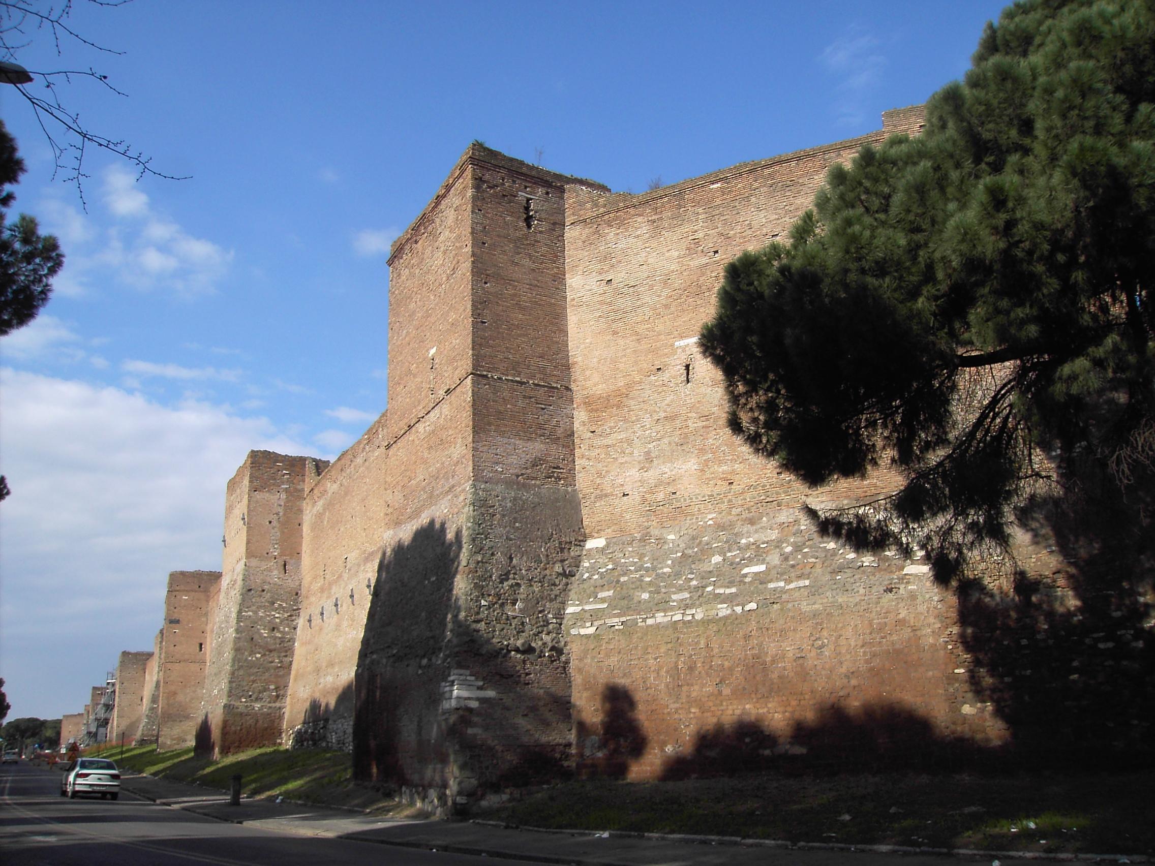 Celio - le mura tra porta san Sebastiano e porta Ardeatina 1974JPG