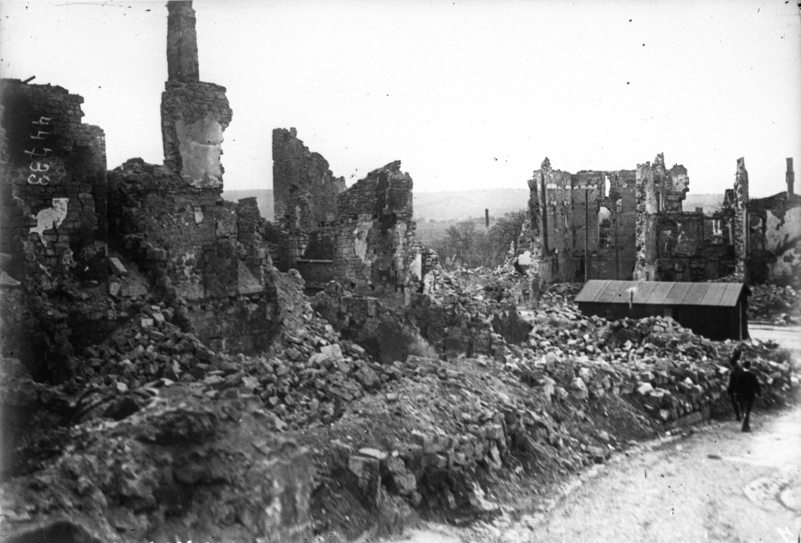 Clermont-en-Argonne-1915_(1).jpg