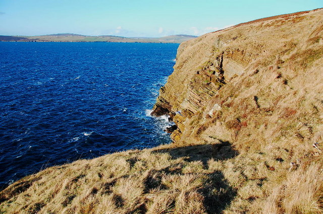 File:Cliffs at Gaitnip - geograph.org.uk - 1123658.jpg