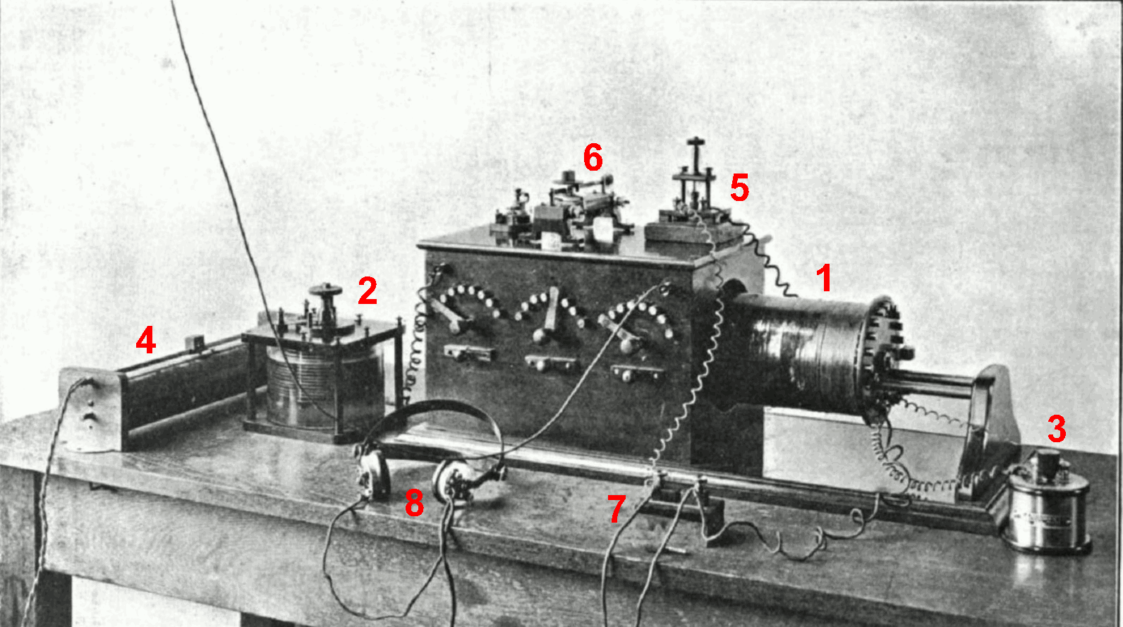File Crystal radio receiver from wireless era together with Clipart 146091 besides Nueve Inventos Que No Son Obra De Edison further Hillary Clinton Loves Bernie Sanders Huge Clinton Advantage Martin Omalley Elizabeth Warren 117533 besides 329190 FBI Finally Releases Long Held Tesla Documents On Death Ray Ball Lightning And Other Information. on tesla spirit radio