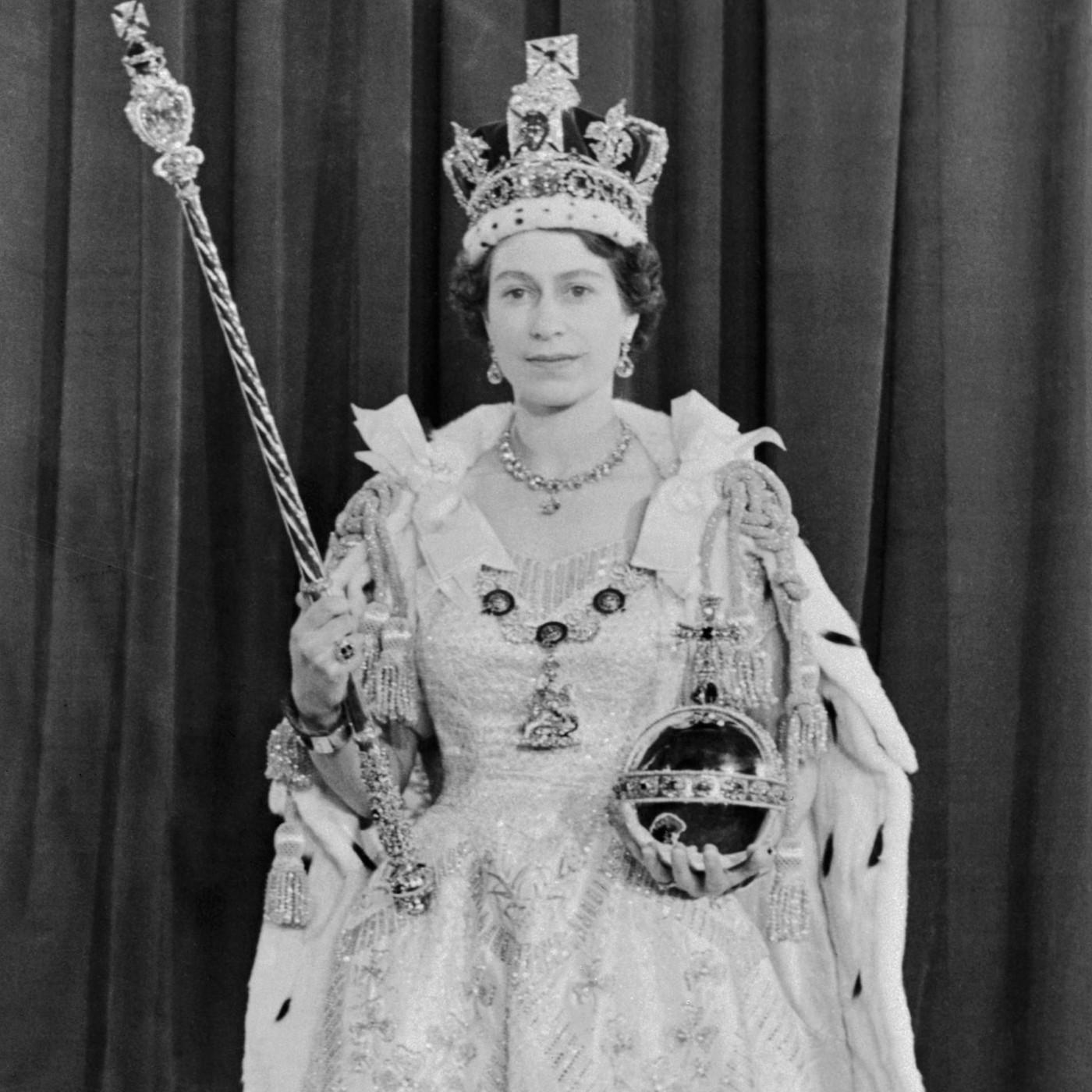 Elizabeth II in coronation regalia