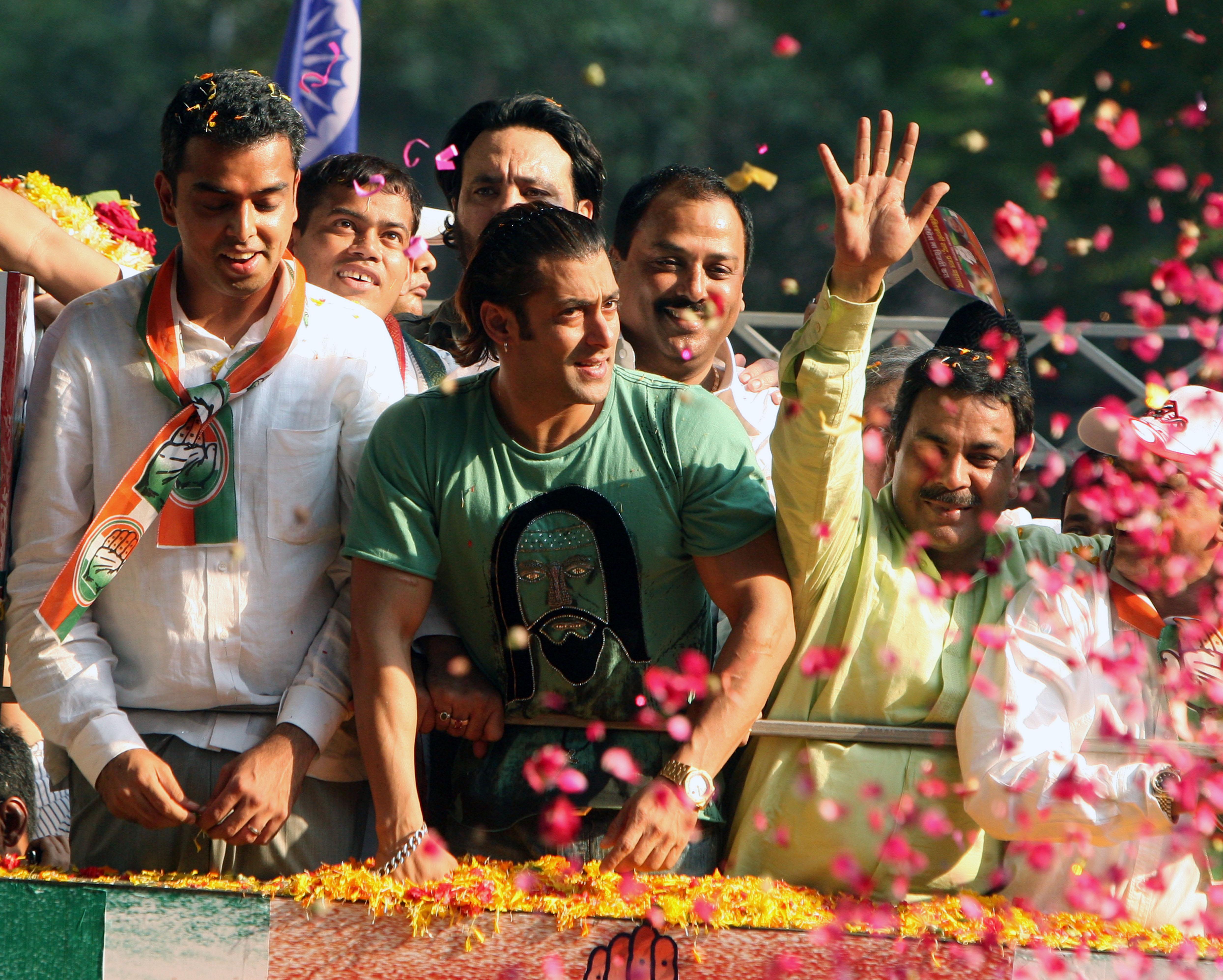 File:Film star Salman Khan on the campaign trail - Flickr - Al Jazeera ...