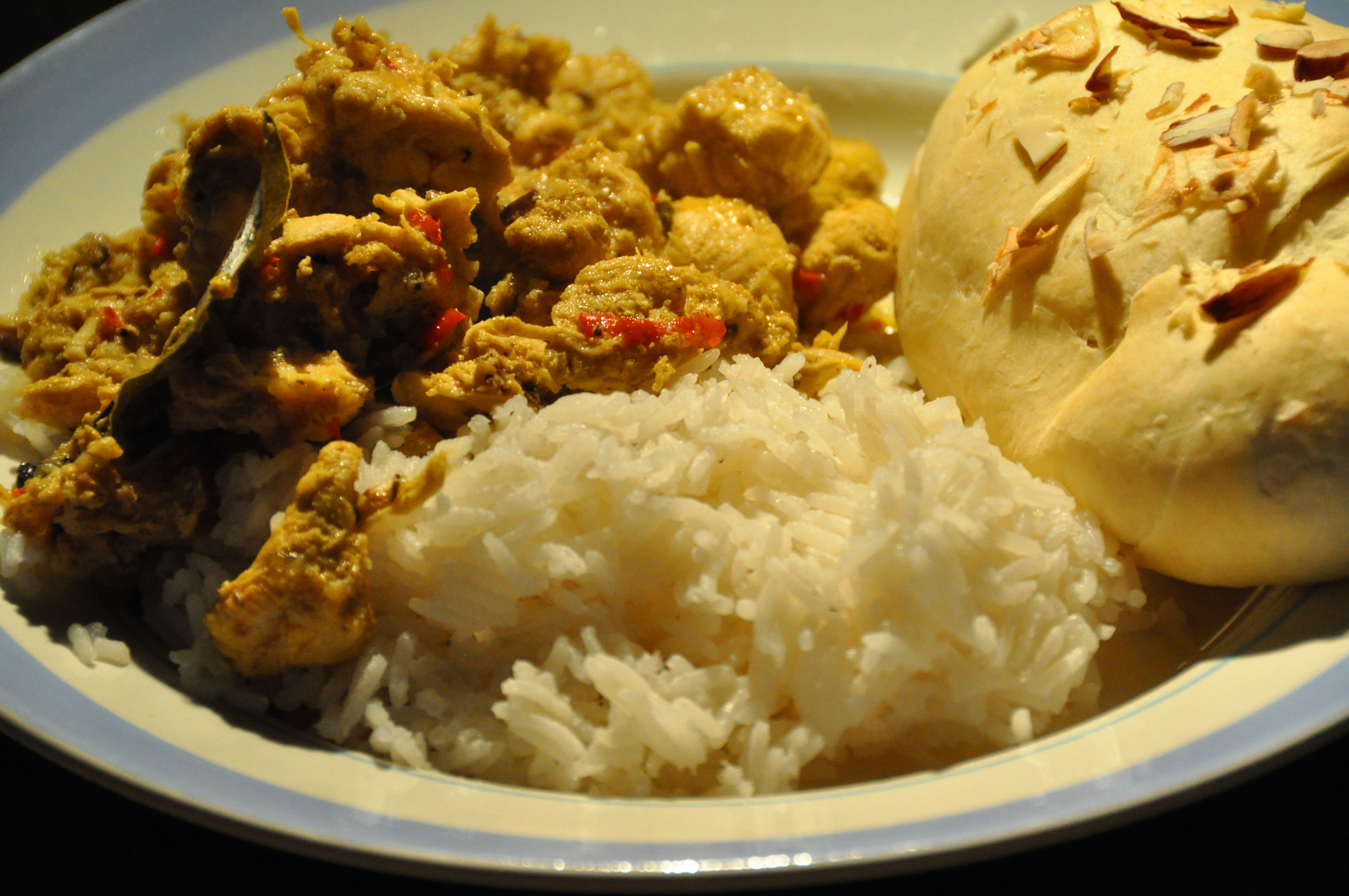 Chicken Vindaloo dish with rice