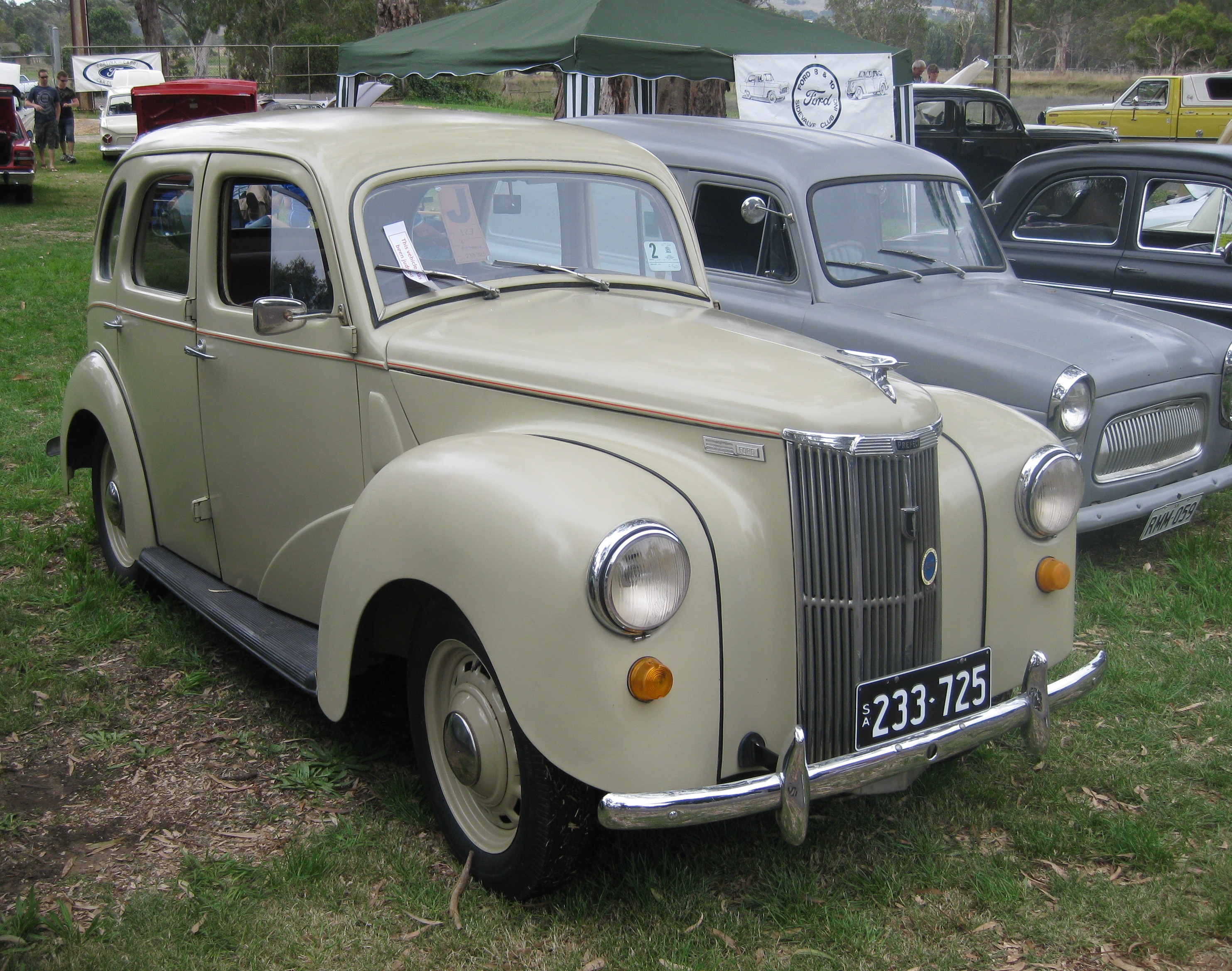 Description Ford A493A Prefect.jpg