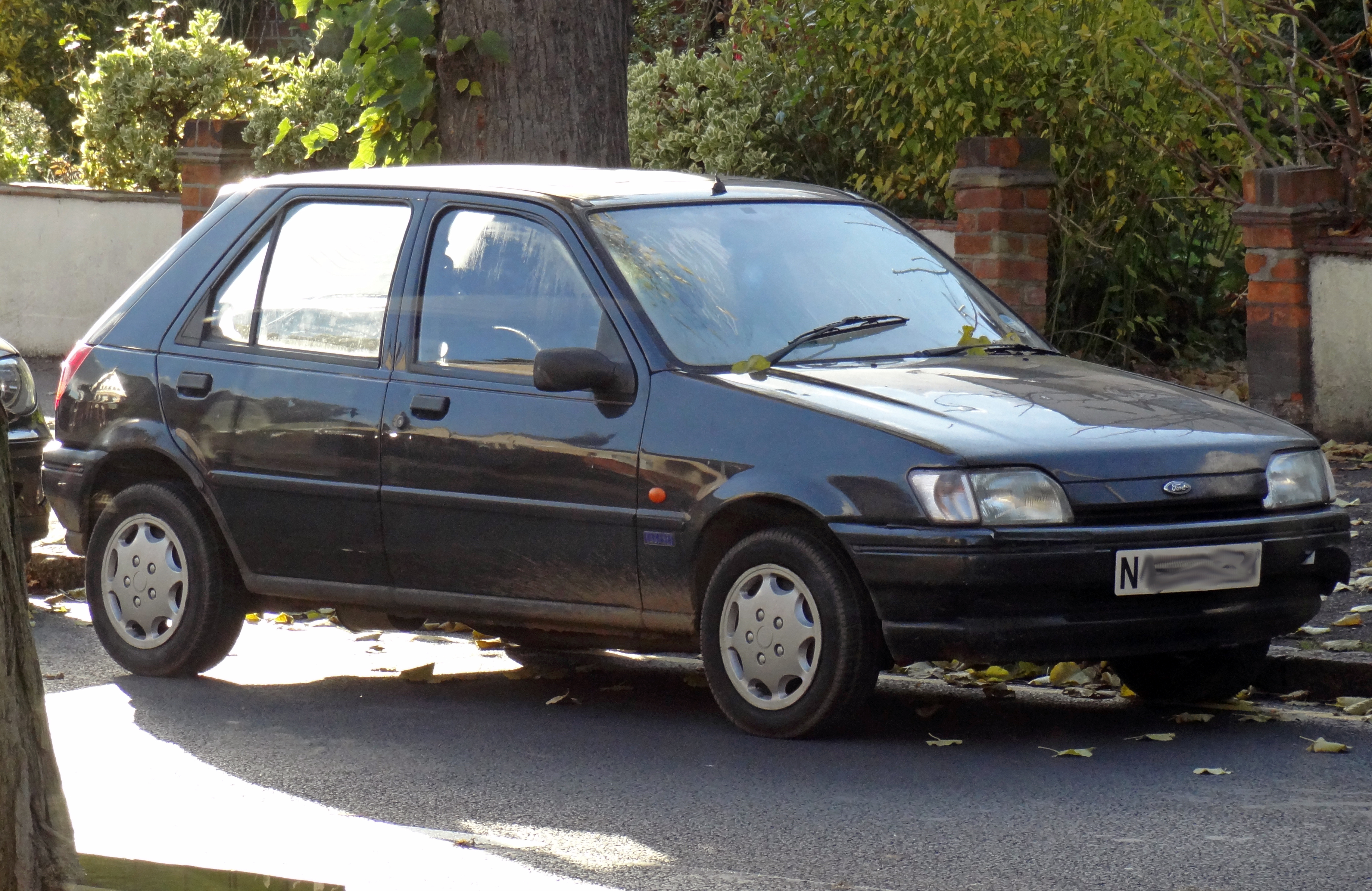 file ford fiesta mk3 produced between 1989 1997 jpg wikimedia commons. Black Bedroom Furniture Sets. Home Design Ideas