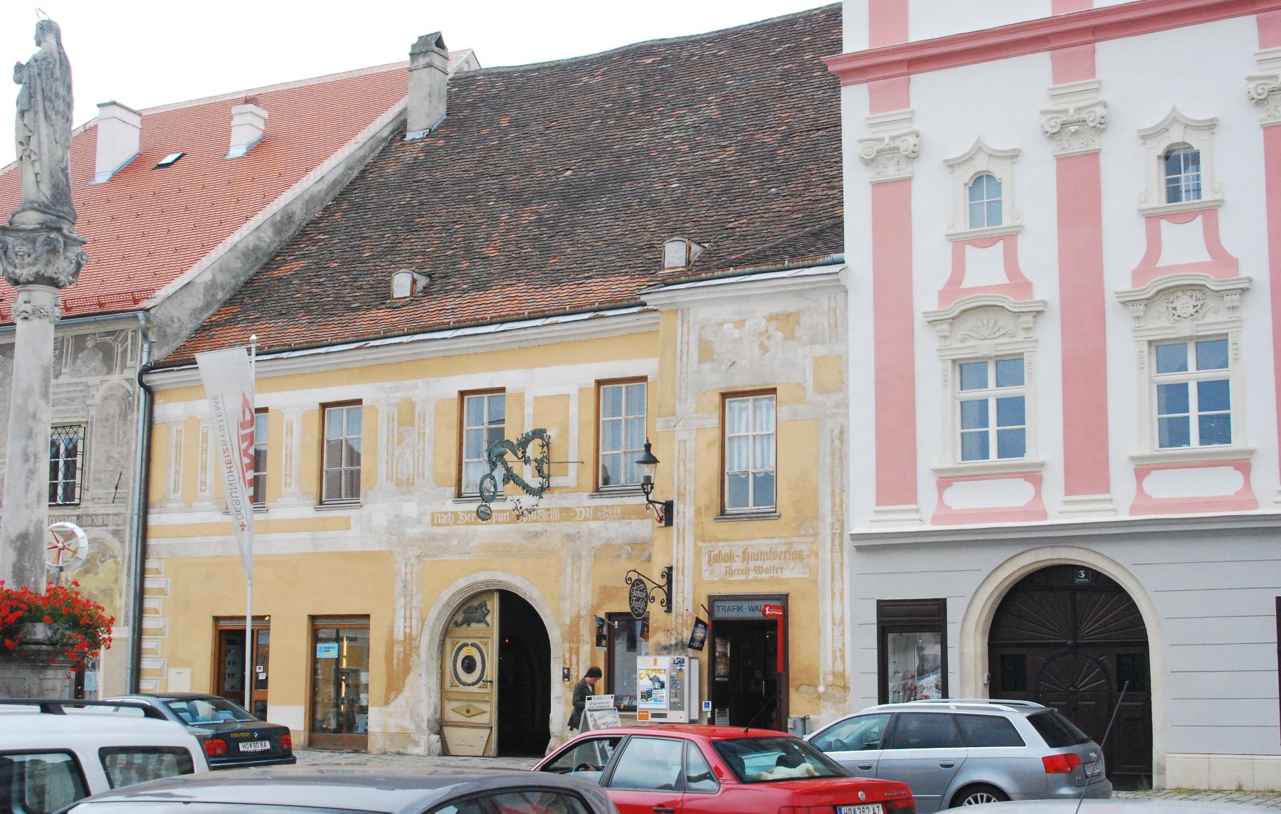 Datei:GuentherZ 2011-07-30 0136 Eggenburg Hauptplatz