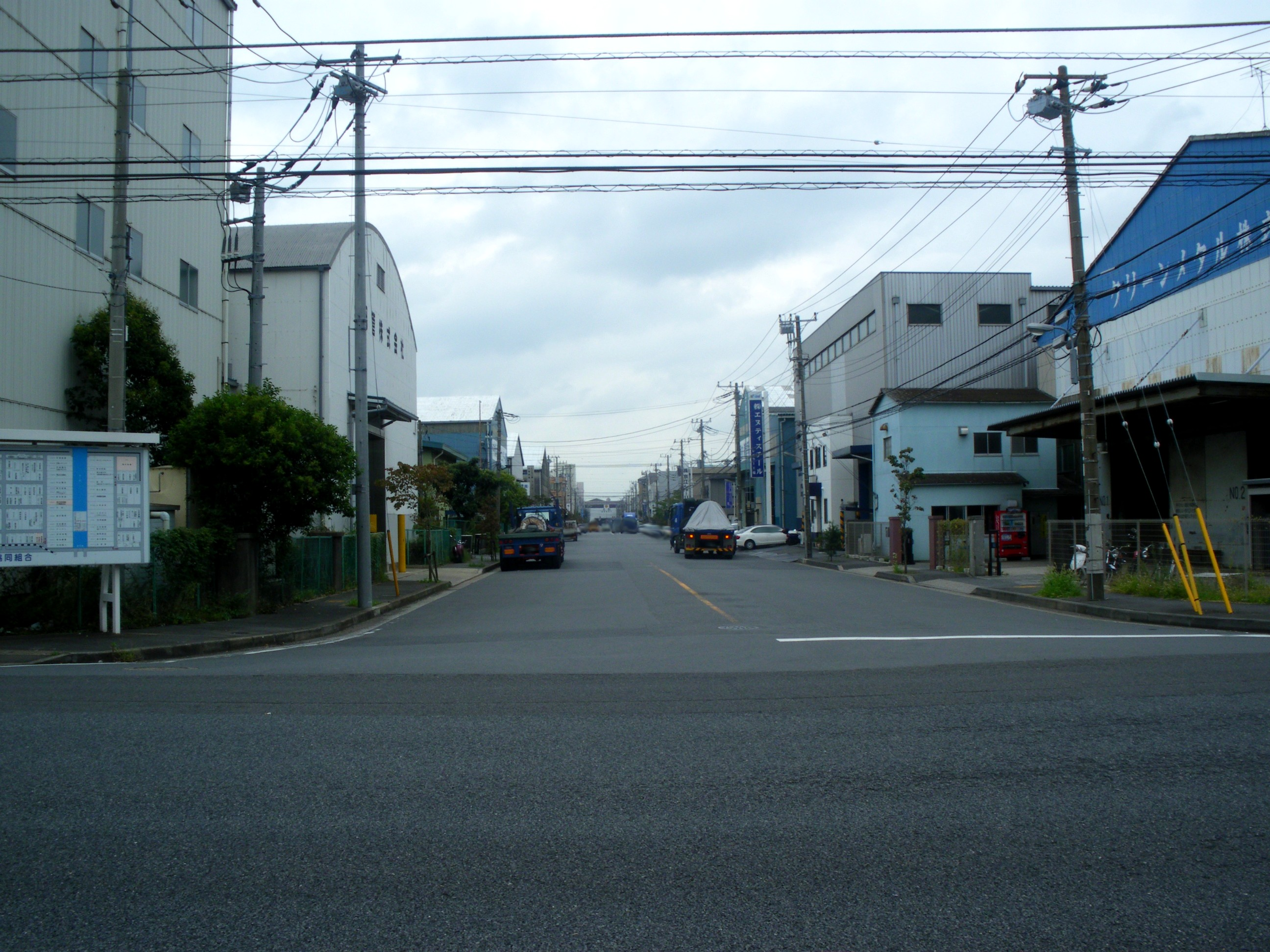 Industrial estate of iron factories urayasu chiba 2009.JPG