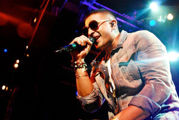 File:Jay Sean Works The Crowd.jpg