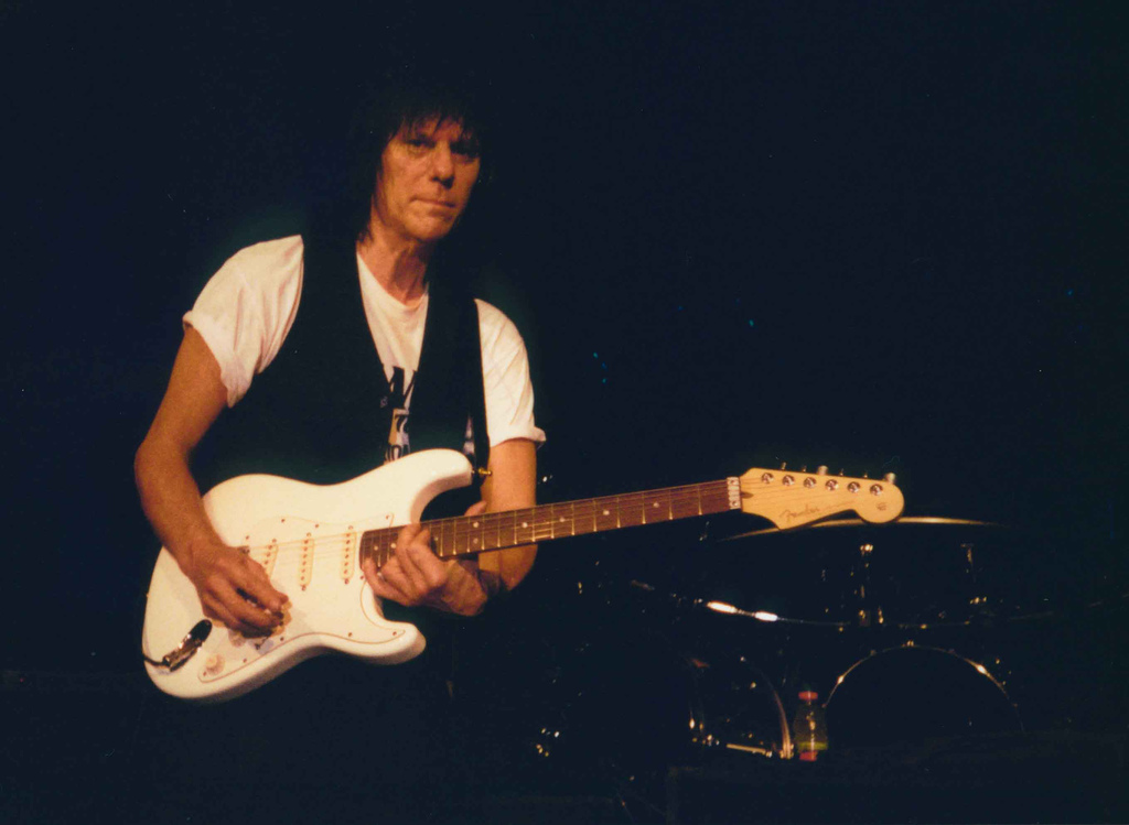 Jeff Beck: Cause We've Ended As Lovers