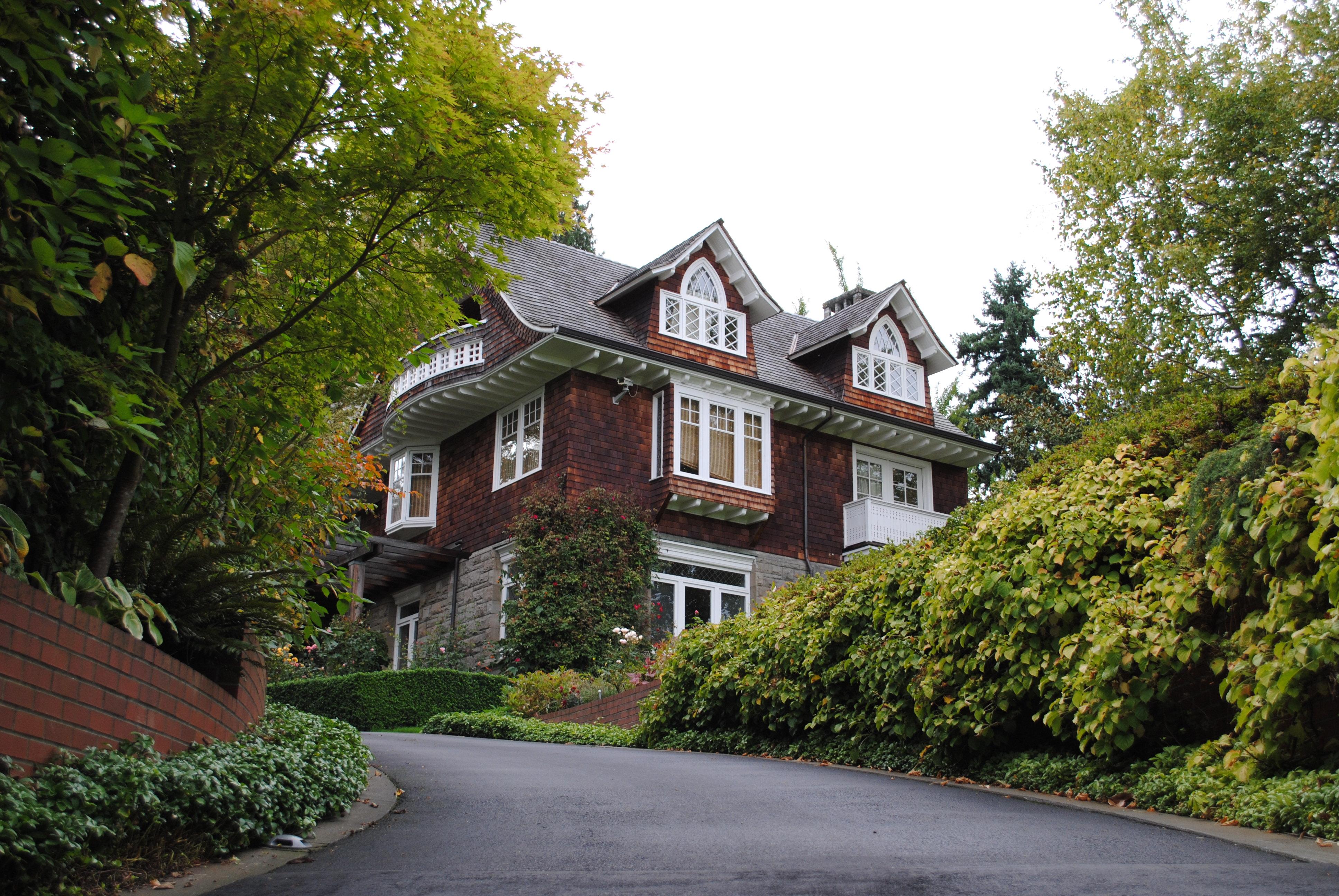 Kuća koja mi se svidela Kurt_Cobain%27s_House_1%2C_Lake_Washington_Boulevard%2C_Seattle%2C_WA