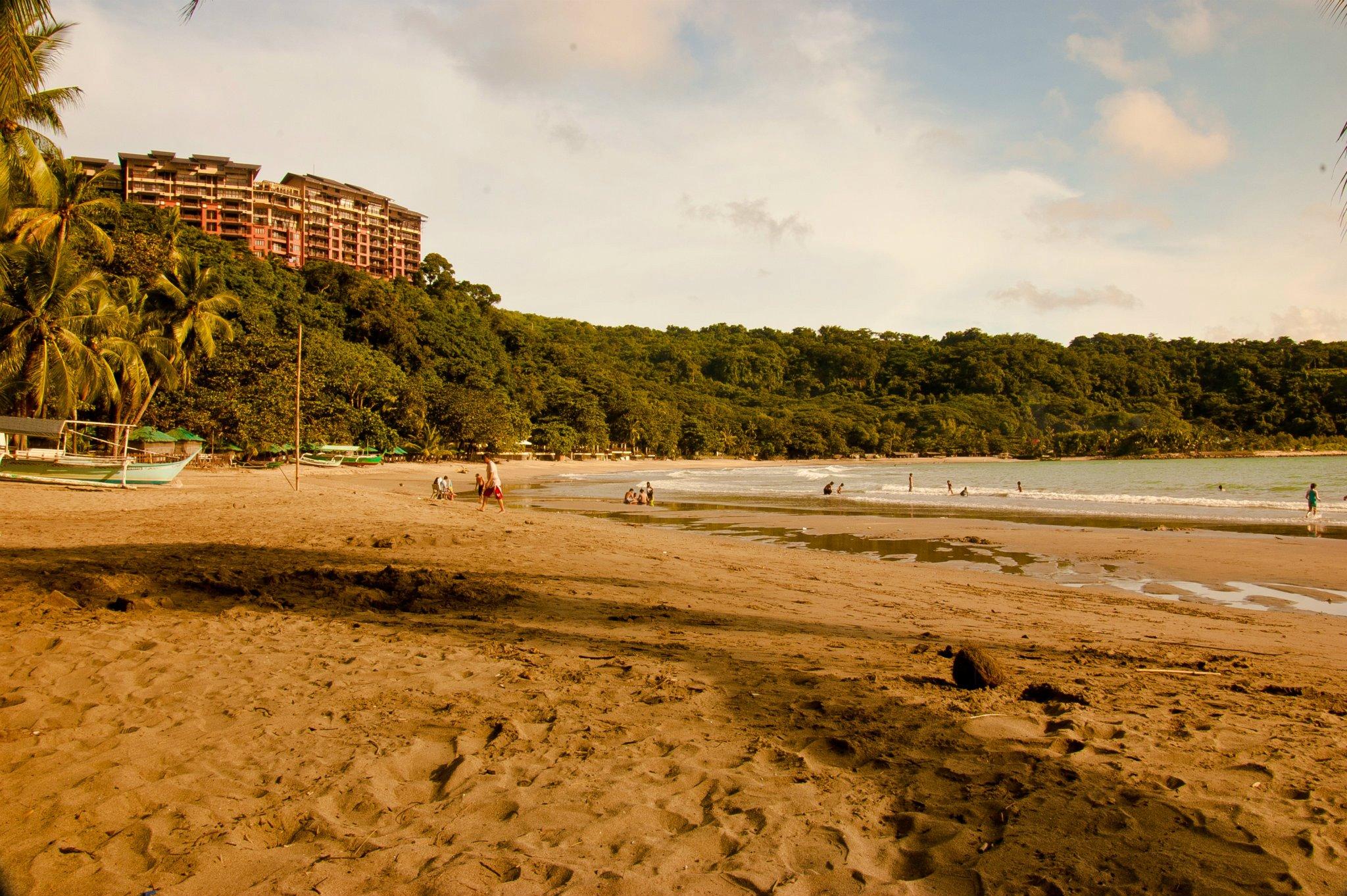 Universal Hotel Laguna Booking