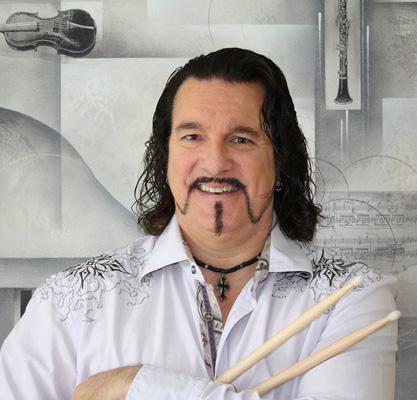 Larry Cox (drummer)