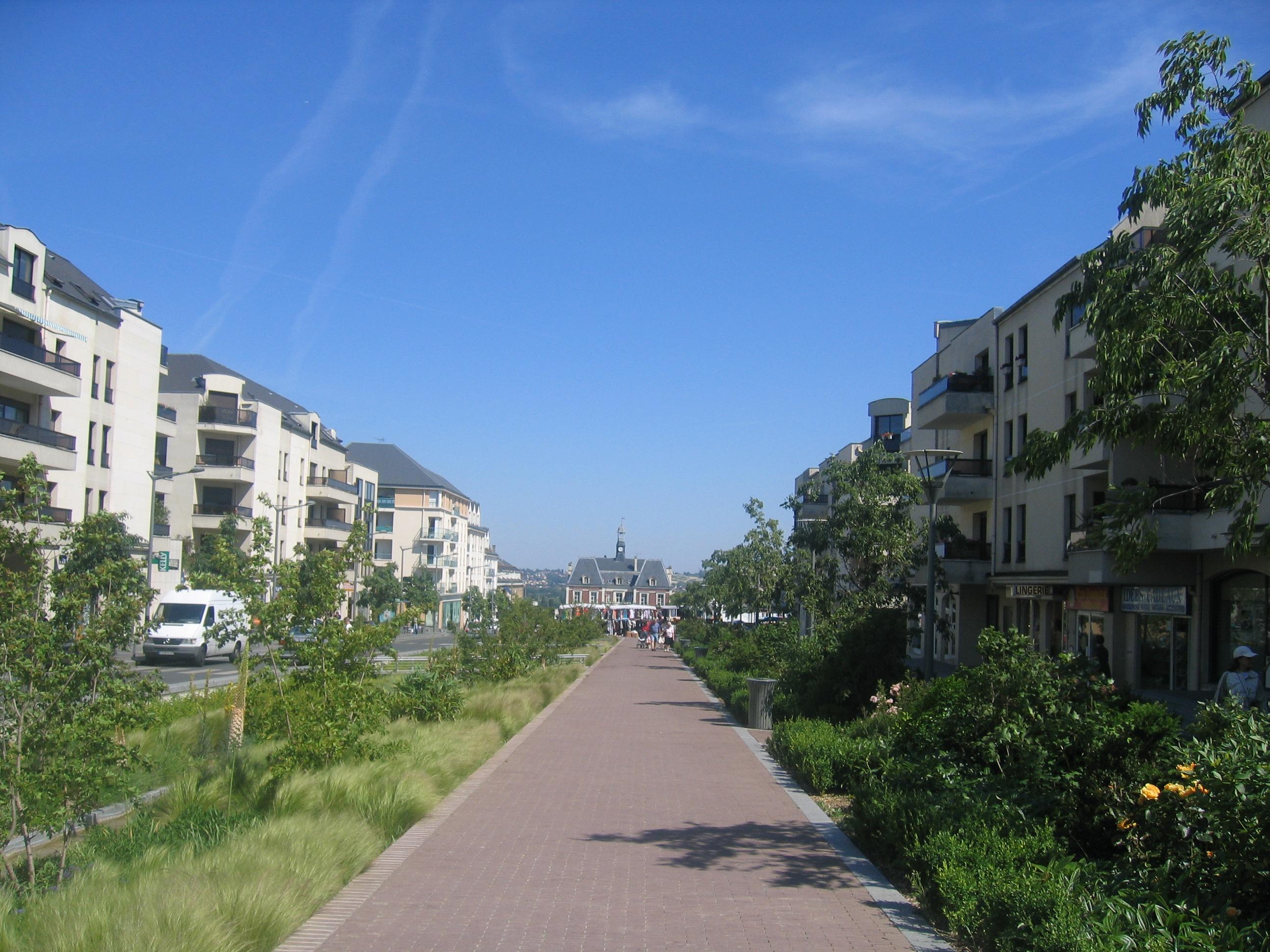 Noisy Le Grand France  City pictures : Fichier:Le nouveau centre ville, Noisy le Grand, France ...
