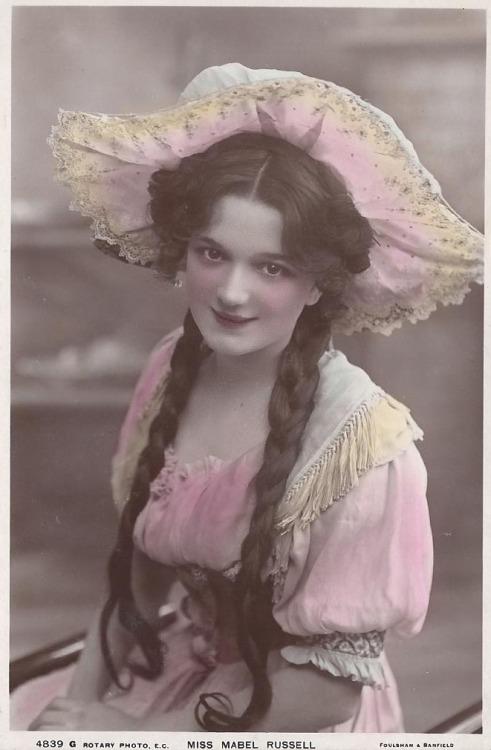 Mabel Philipson (1886 - 1951)