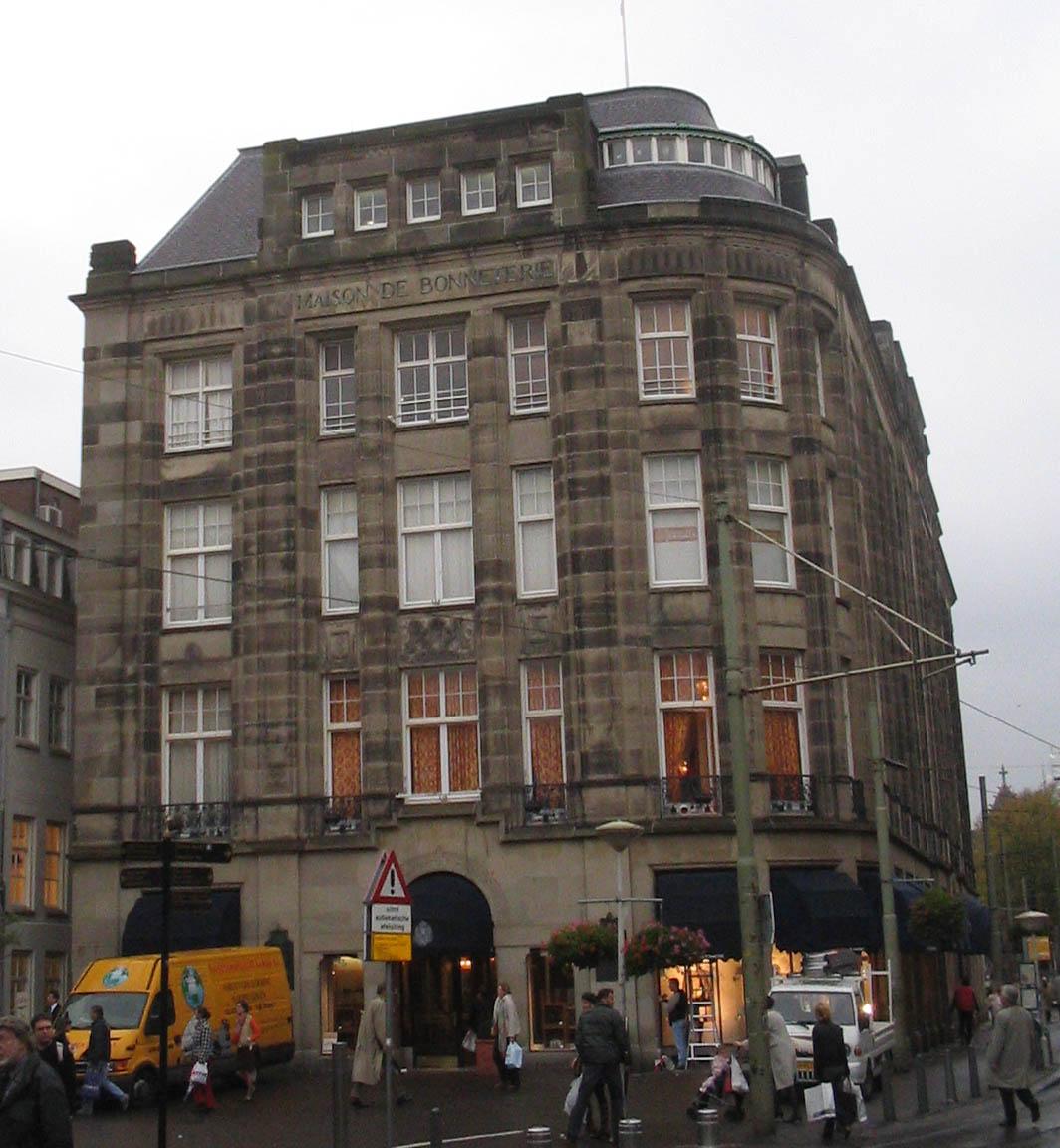 Dutch And Company >> Maison de Bonneterie - Wikipedia