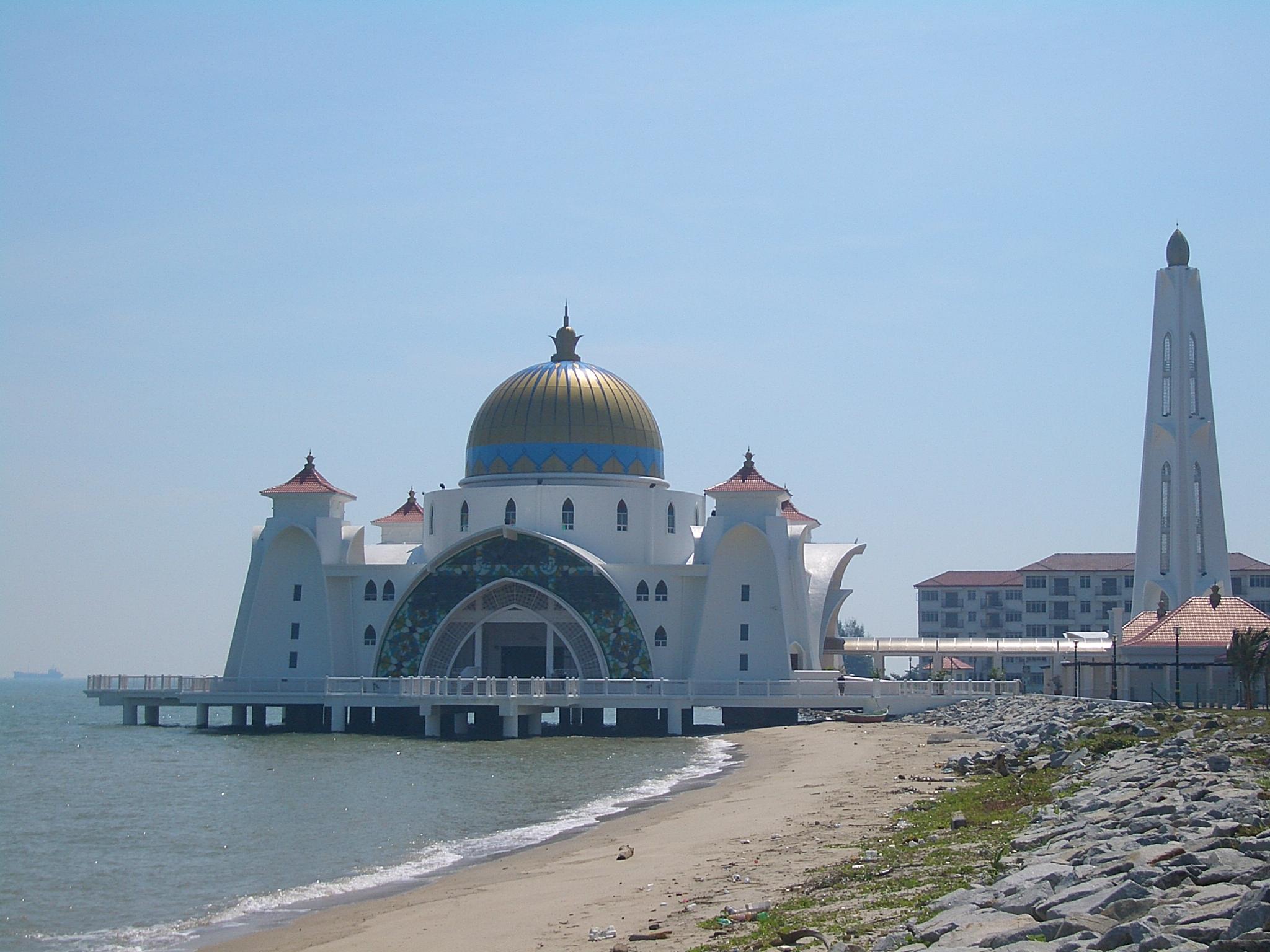 Homestay Masjid Selat Melaka File:masjid-selat-melaka-2258