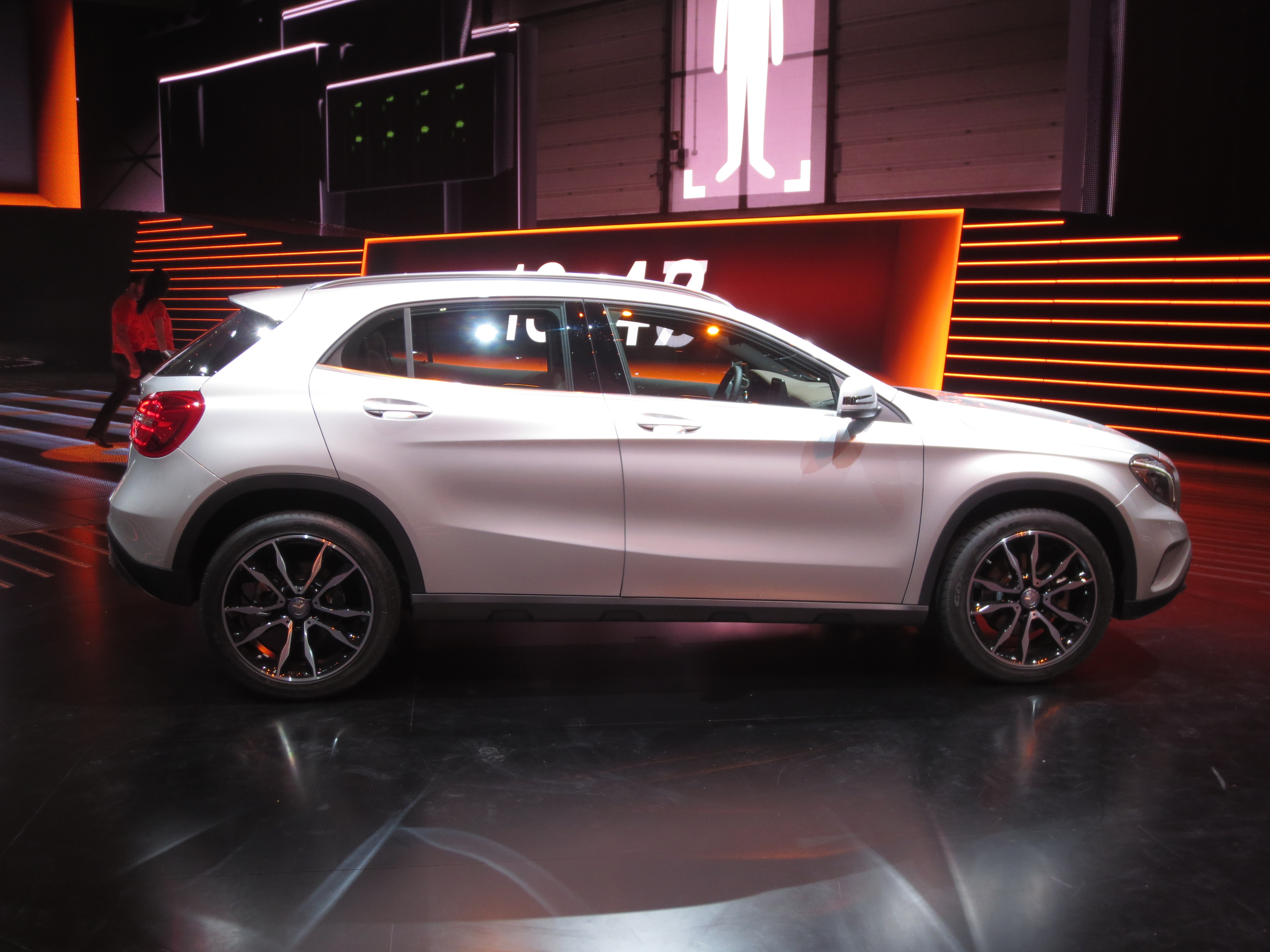 Mercedes gla release date 2017 2018 best cars reviews for Mercedes benz gla release date