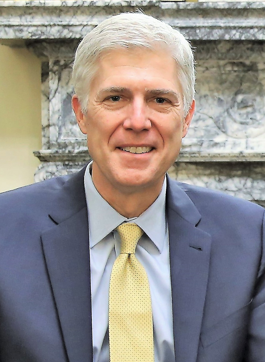 https://upload.wikimedia.org/wikipedia/commons/3/31/Neil_Gorsuch_February_2017.jpg