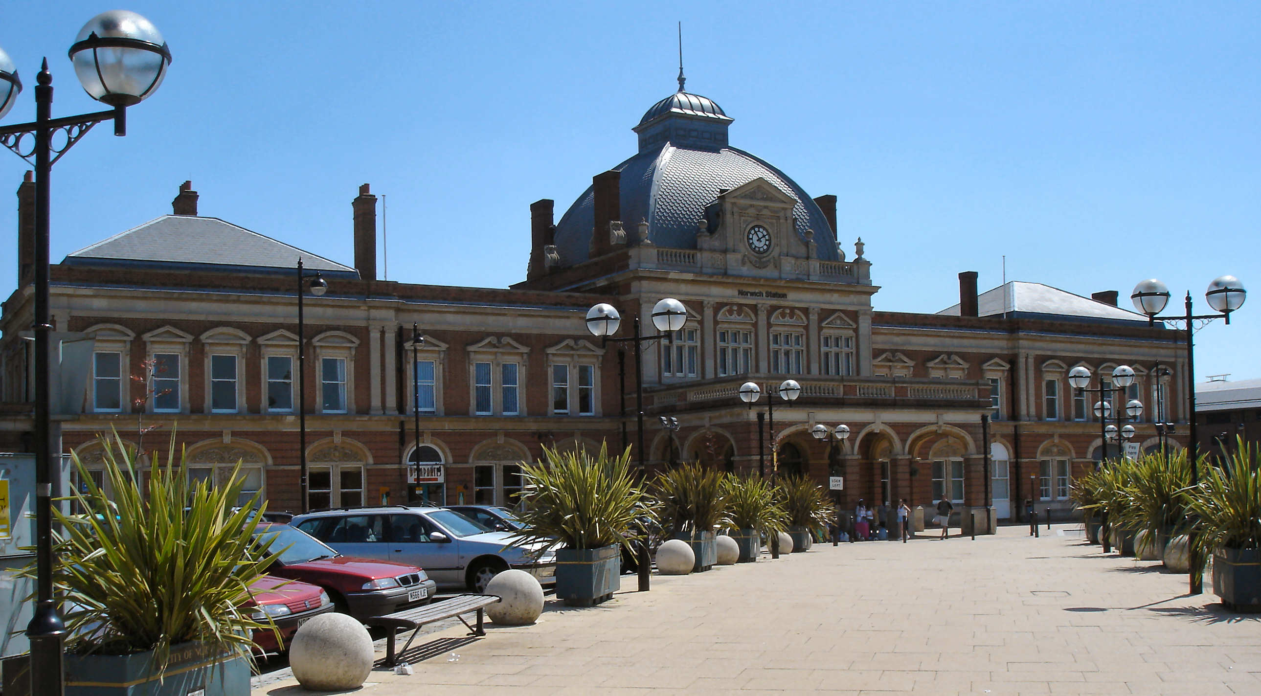 File:Norwich UK train station.JPG - Wikimedia Commons