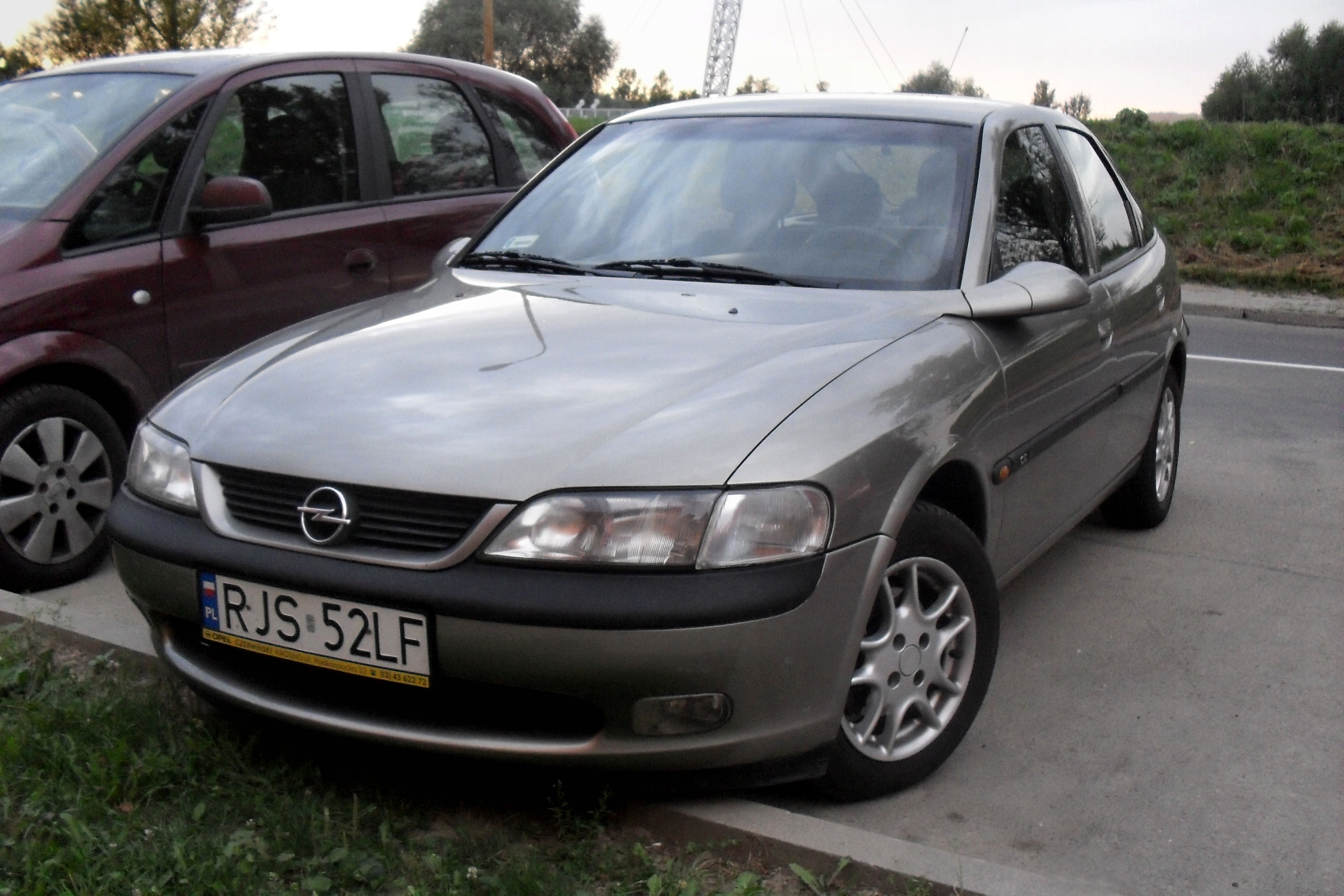 File:Opel vectra b jaslo.JPG - Wikimedia Commons