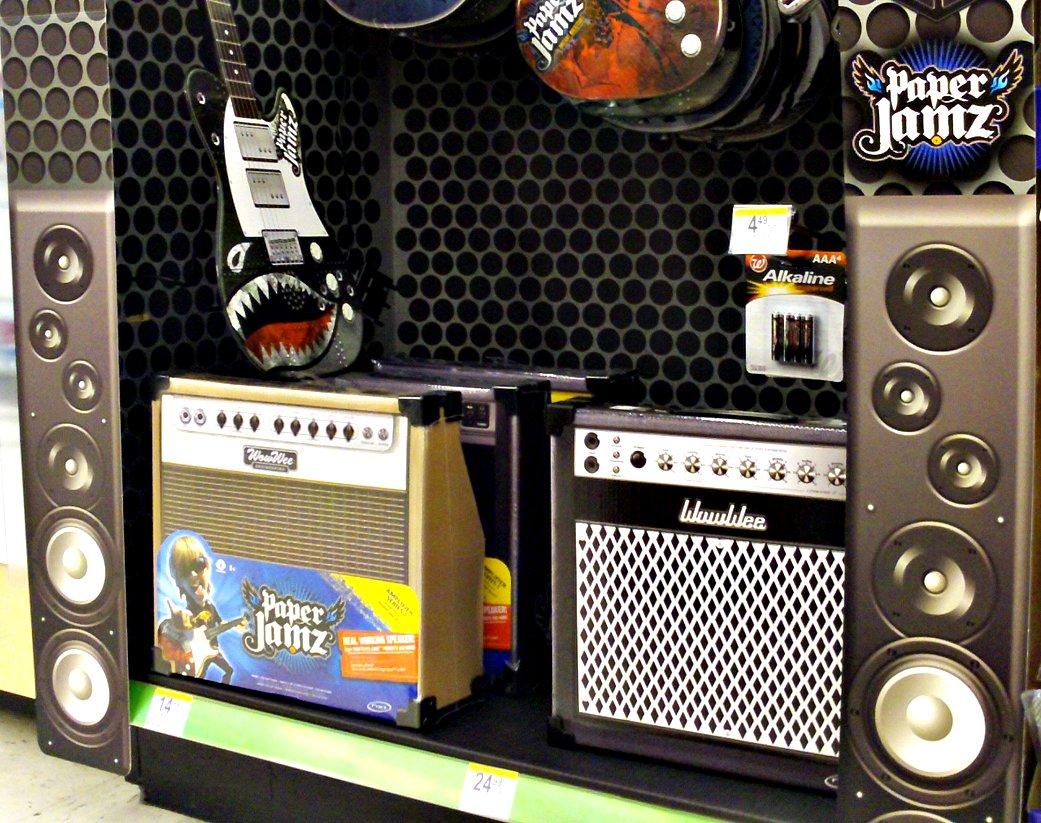 wowwee paper jamz pro mic series style 3 Descripción de wowwee paper jamz pro mic serie - estilo 1wowwee paper jamz ®  son los instrumentos económicos e innovadores que proporcionan una experiencia de la estrella de rock instante y el juego de composición abierta.