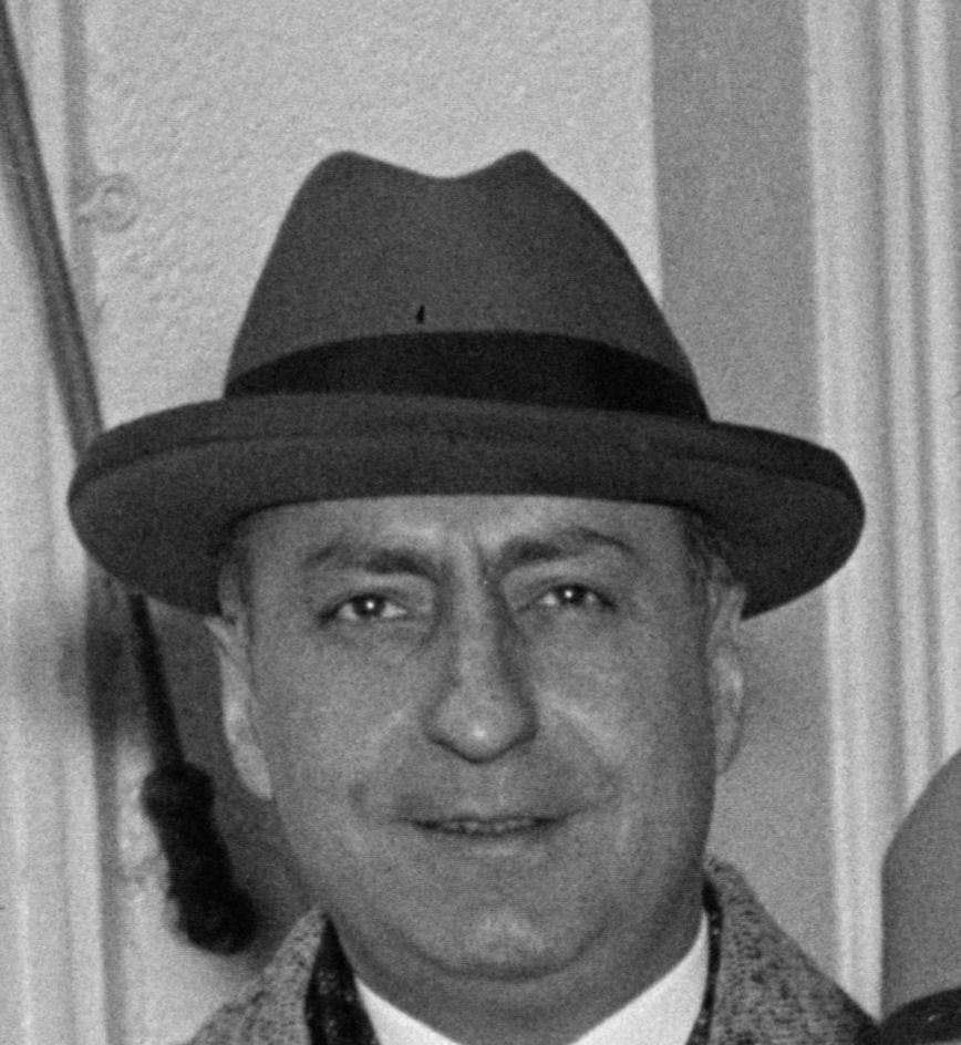 Peter De Muth crop.jpg