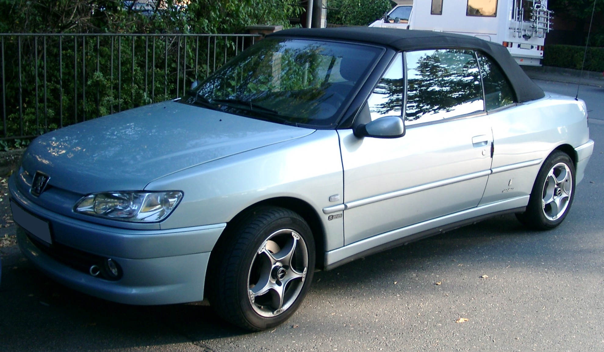 file peugeot 306 cabrio front wikimedia commons. Black Bedroom Furniture Sets. Home Design Ideas