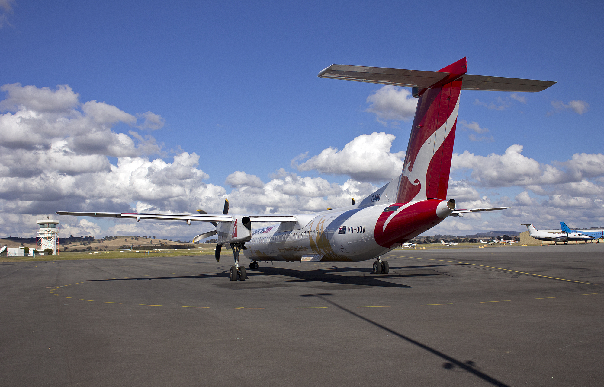 bombardier dash 8 q400 для fsx