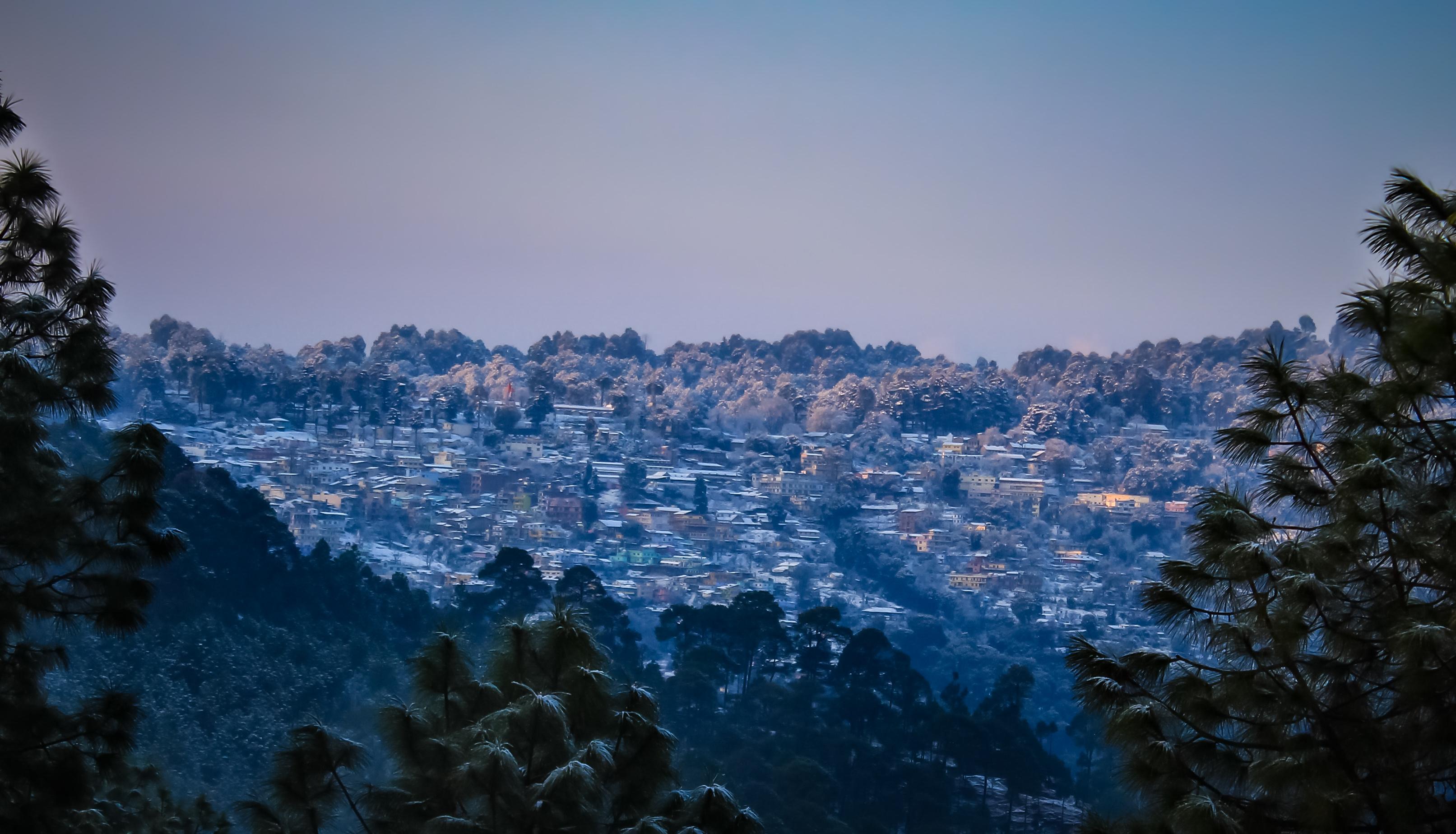 File:Ranikhet in winters.jpg - Wikimedia Commons