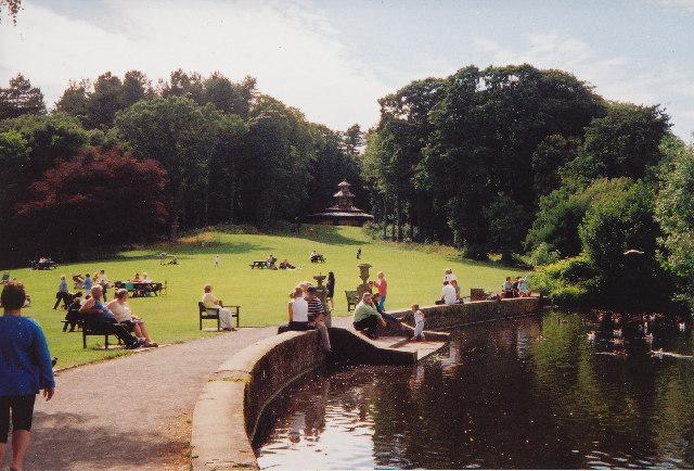 The Swan Pond, Culzean Castle - geograph.org.uk - 29066