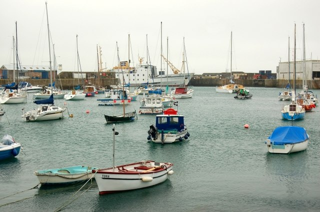 The inner harbour, Penzance - geograph.org.uk - 450052
