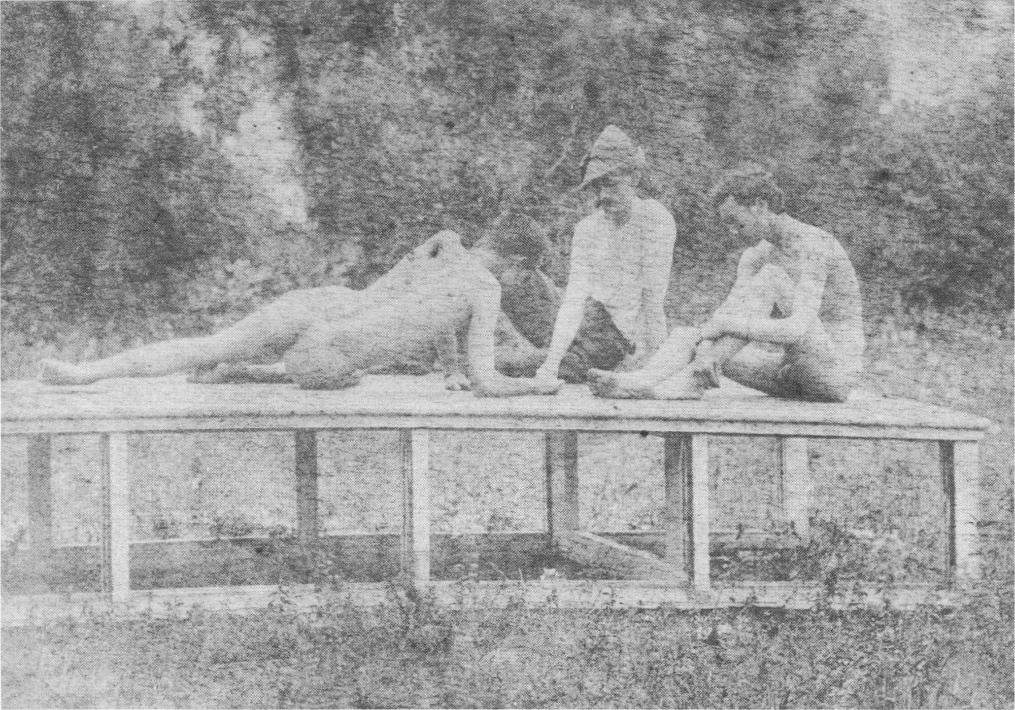 Thomas Eakins nude models 1 Here are some HD caps of Riki Lindhome, Sara Paxton and Martha MacIsaac from ...