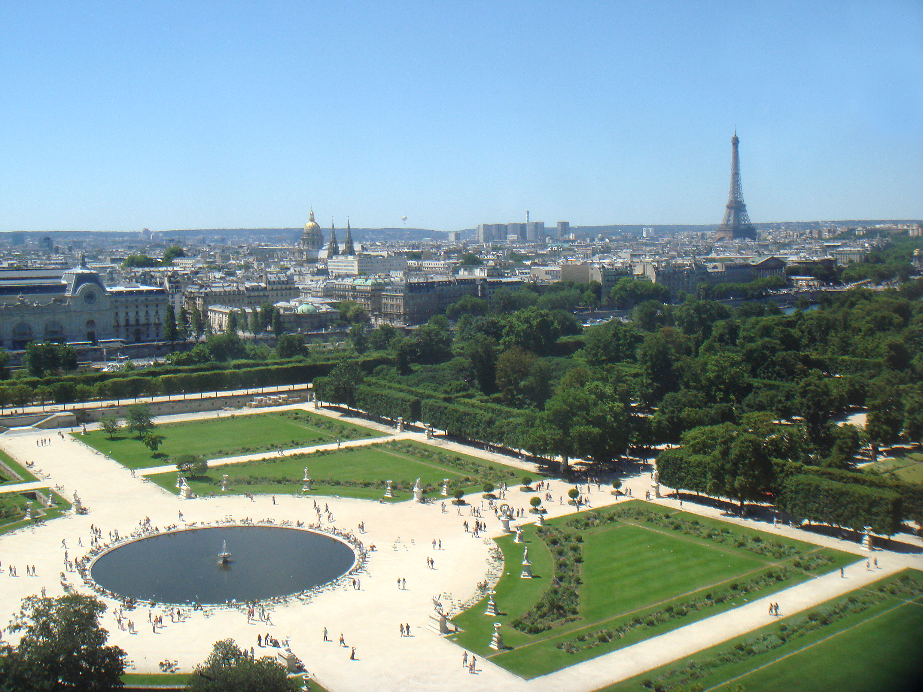 Tuileries garden for Jardin a la francaise