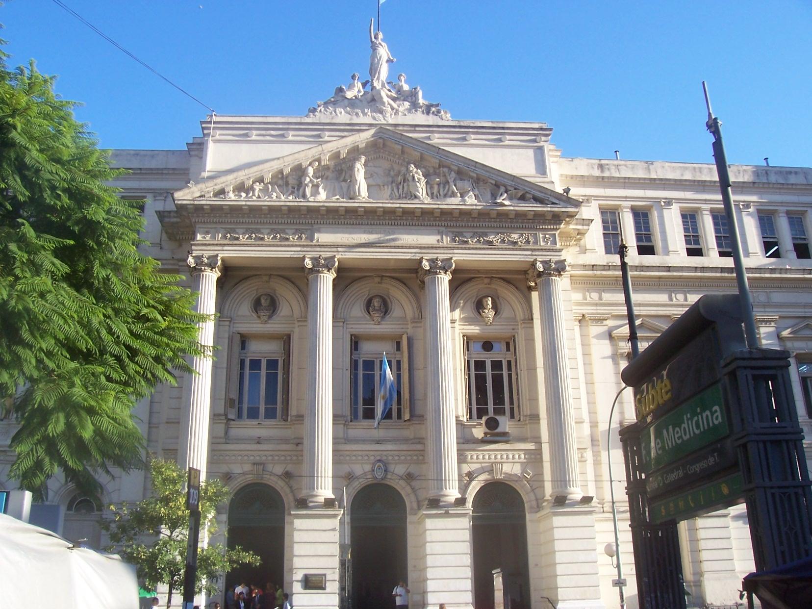 Facultad De Medicina  UBA Image: File:UBA-economicas.JPG