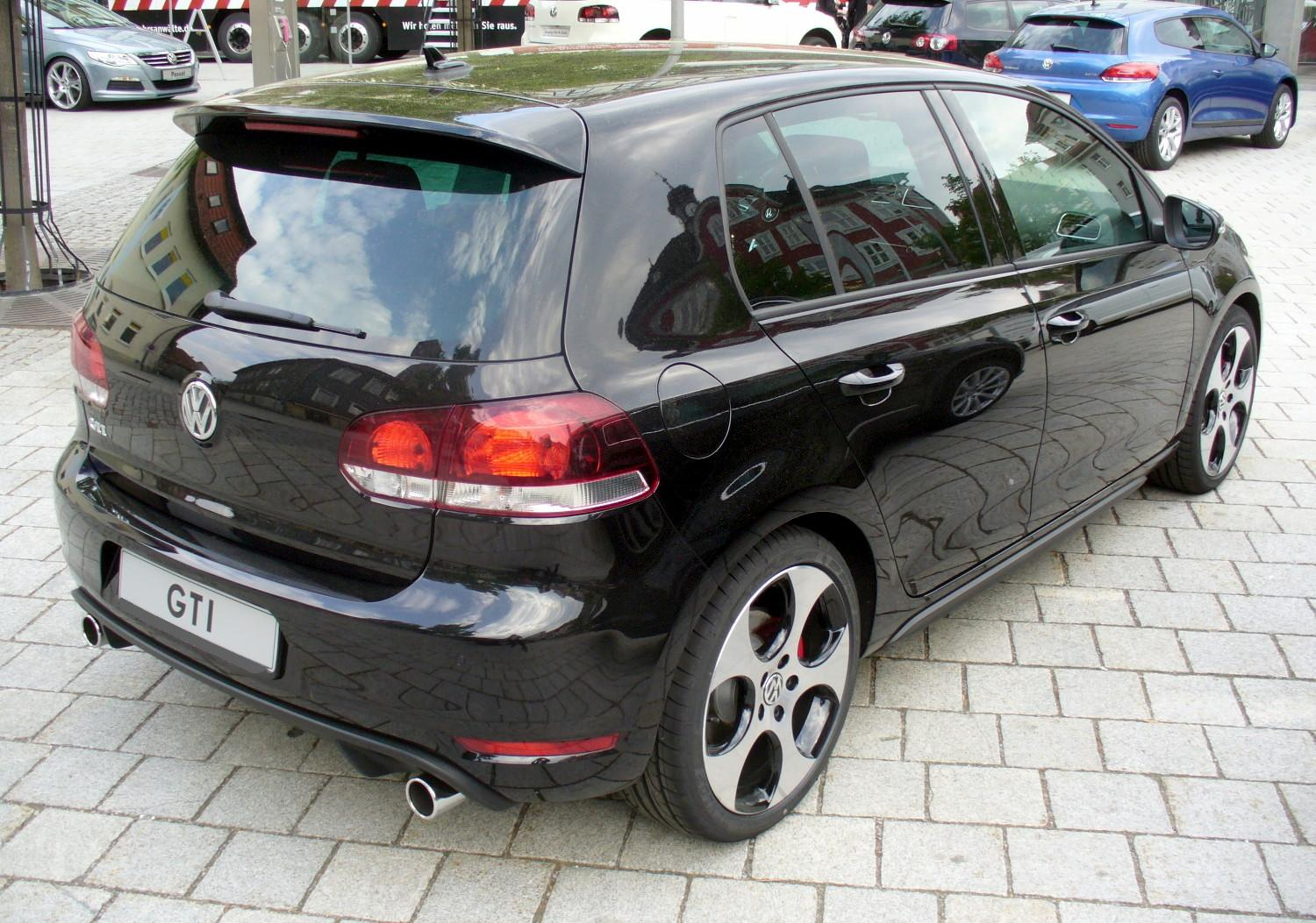 file vw golf vi gti deepblack heck jpg wikimedia commons. Black Bedroom Furniture Sets. Home Design Ideas