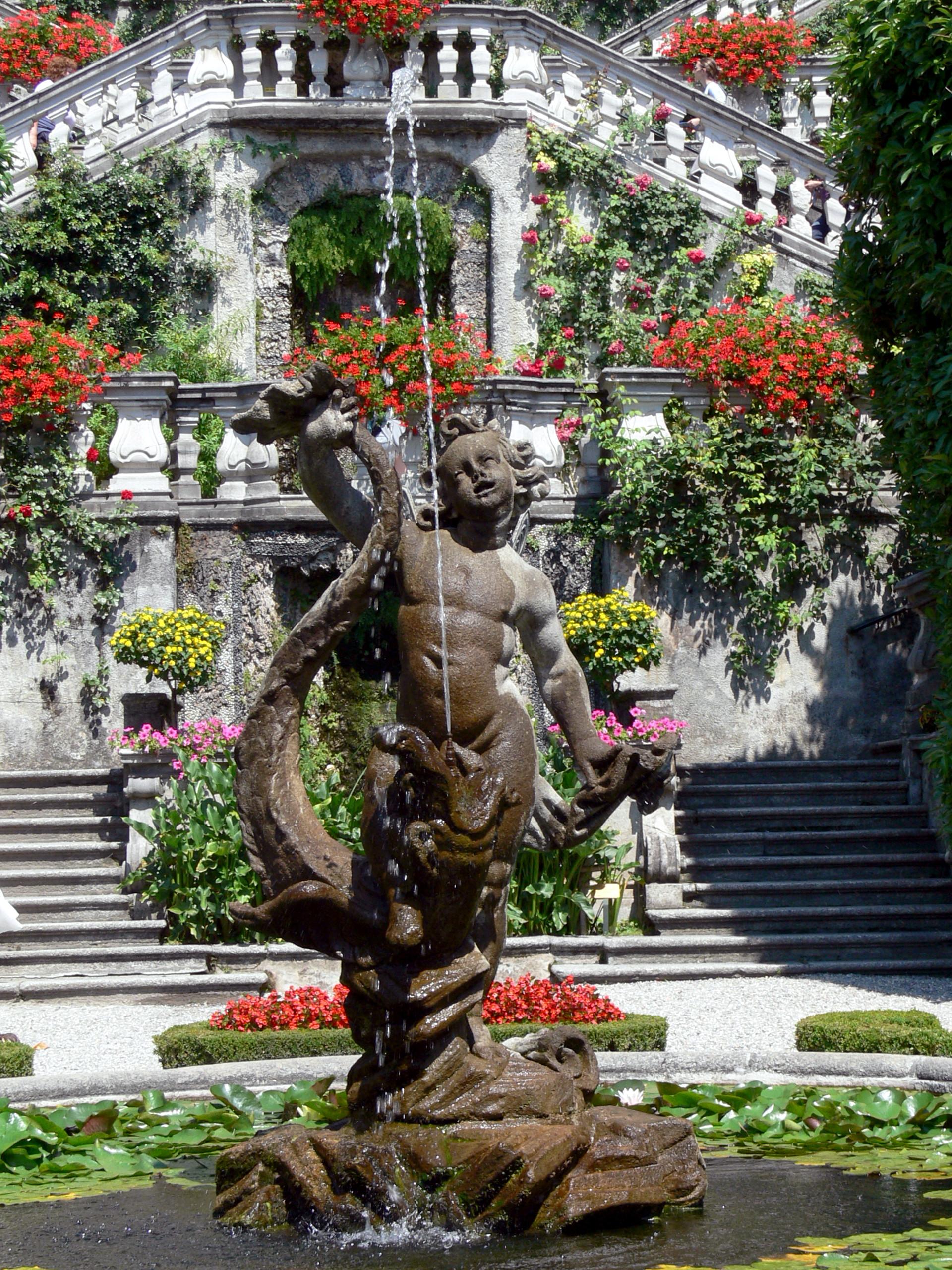 fichier:villa carlotta - gartenfront 2 - brunnen — wikipédia