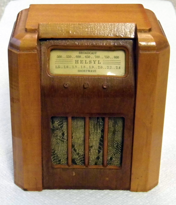 File:Vintage Wood Radio Bank, HELSYL, Shaped Like a 1930s - 1940s Console
