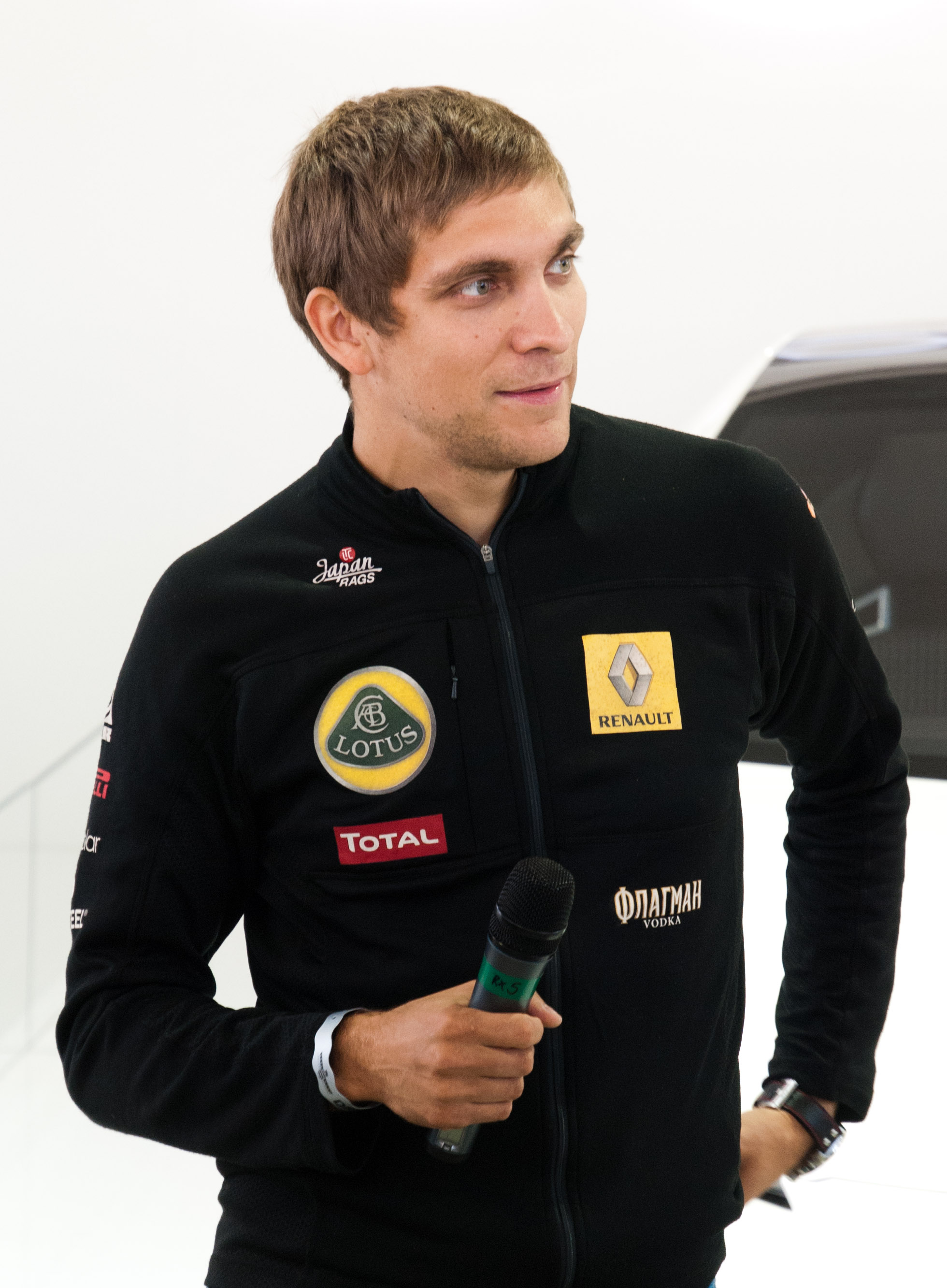 The 33-year old son of father (?) and mother(?) Vitaly Petrov in 2018 photo. Vitaly Petrov earned a  million dollar salary - leaving the net worth at 0.3 million in 2018