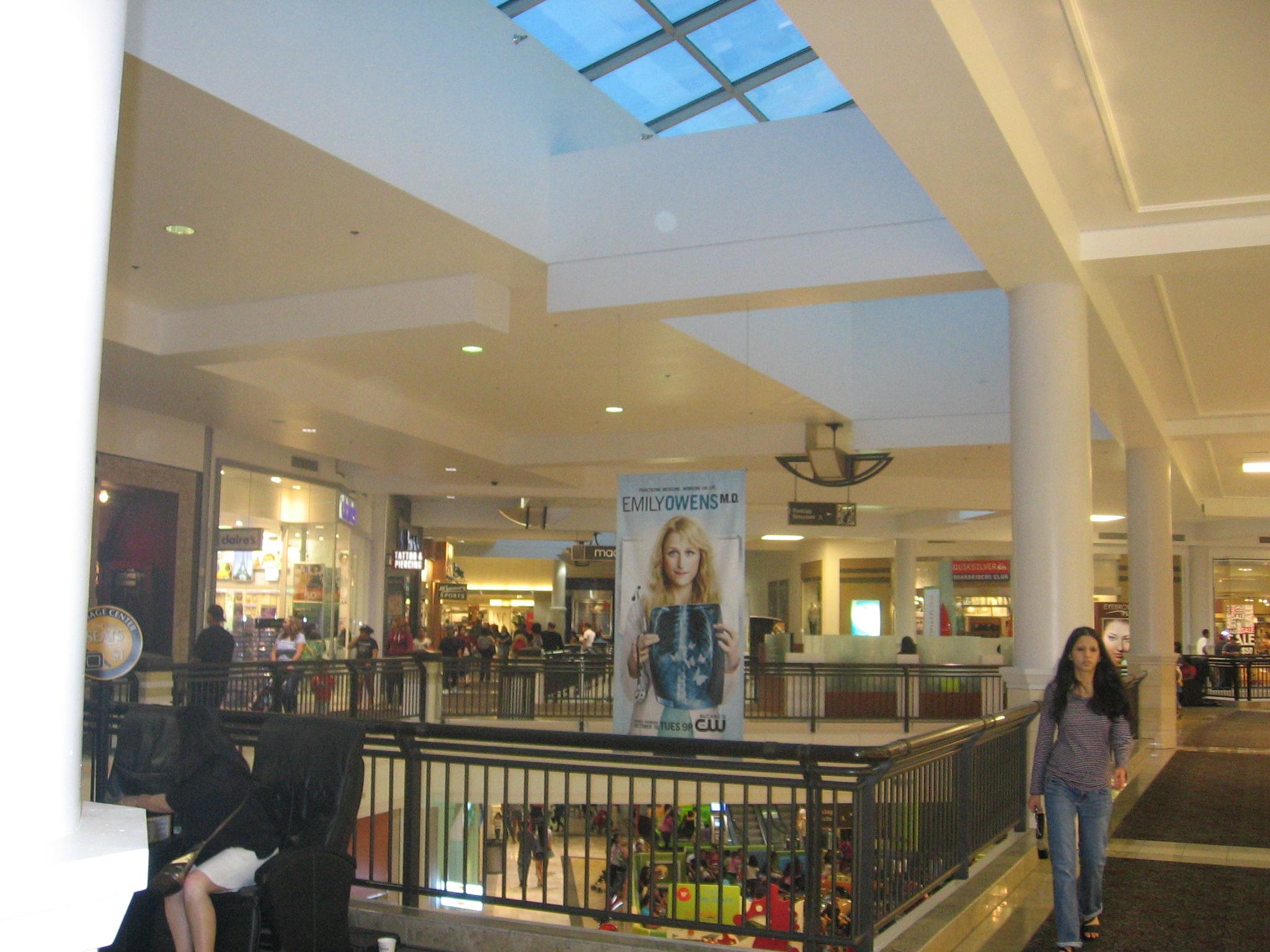 nike store valley fair mall