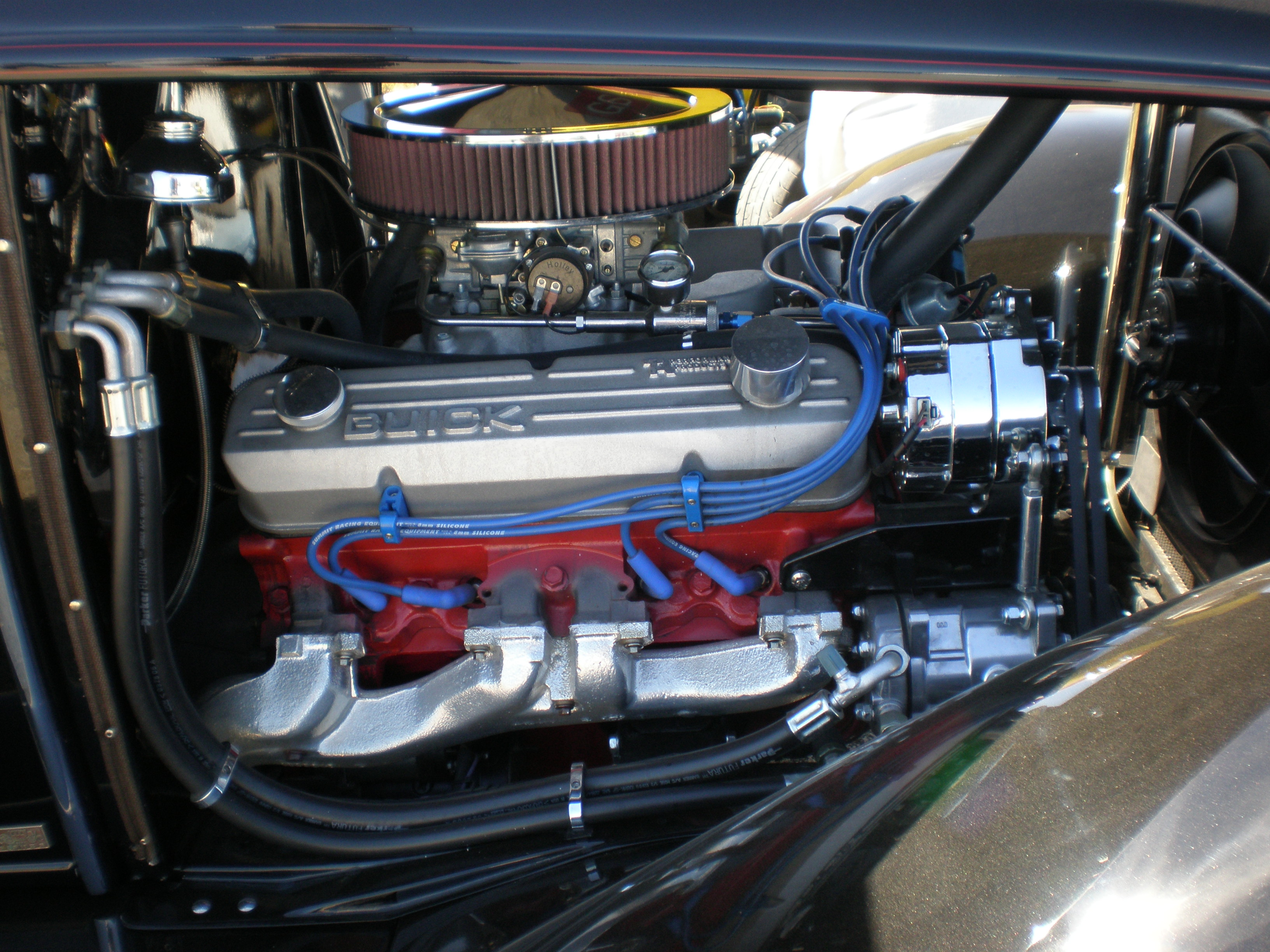 File:1931 black Buick Victoria engine.JPG - Wikimedia Commons
